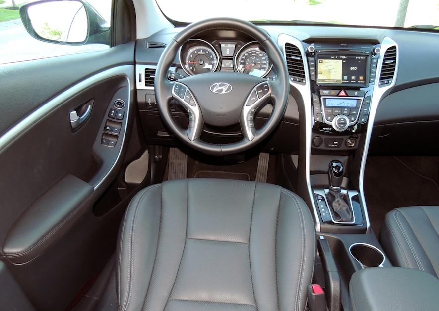 hyundai elantra steering wheels and front interior