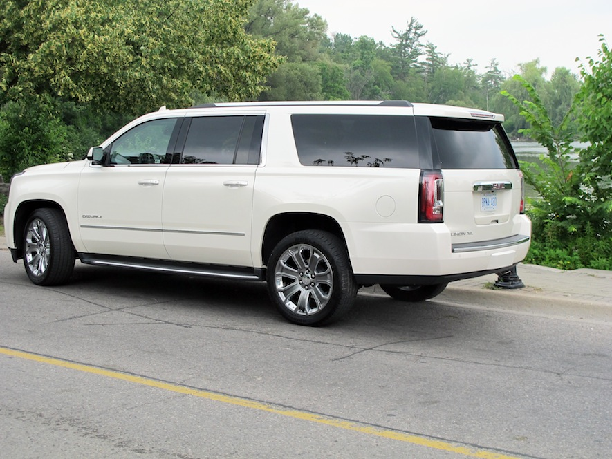 2015 GMC Yukon Denali XL rear
