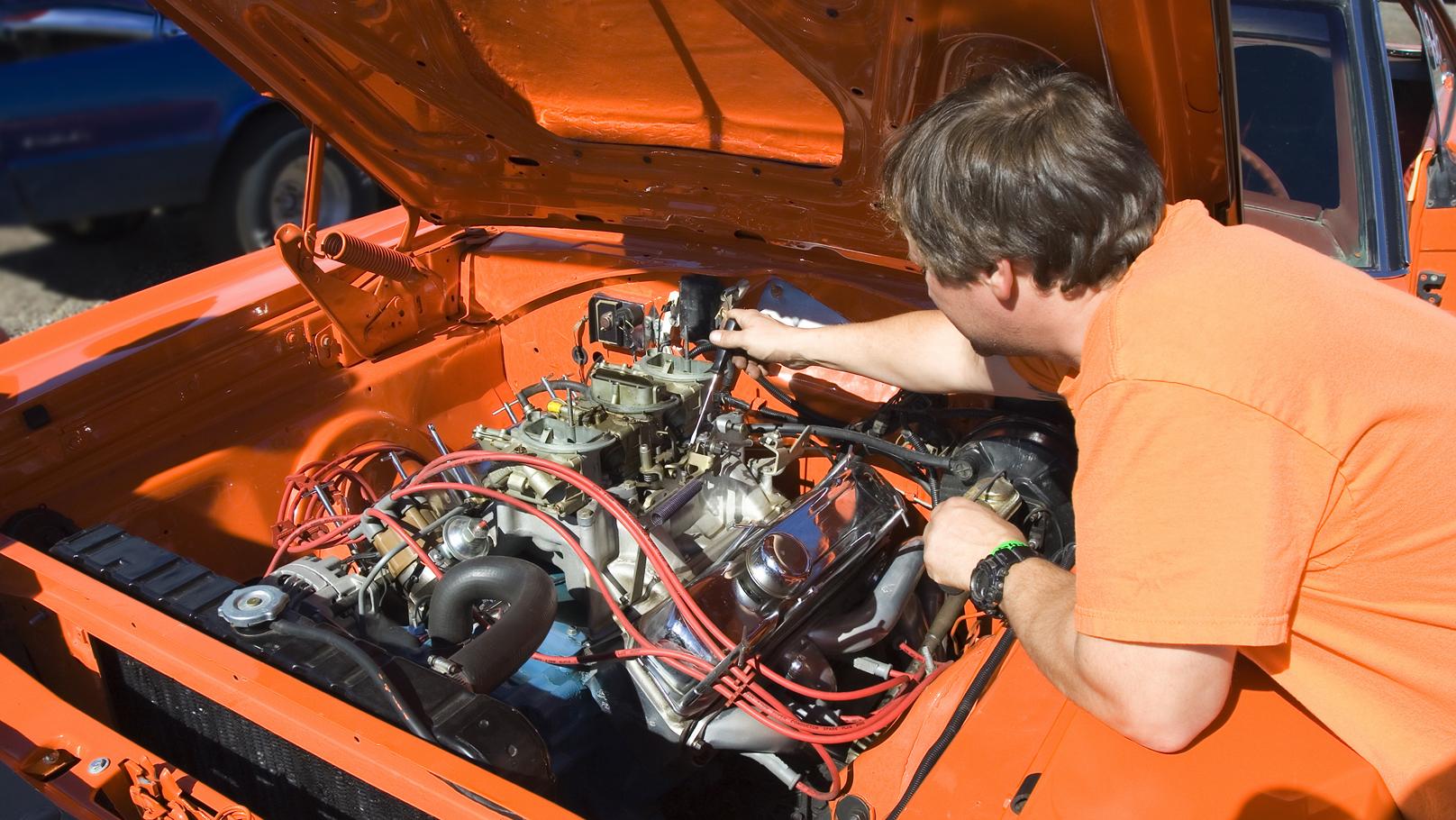 tuning carburetor