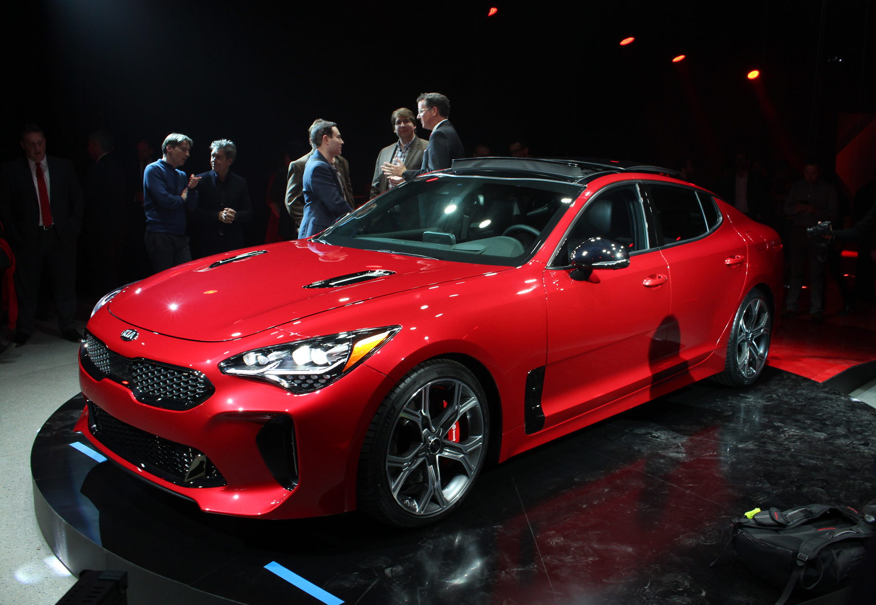 New vehicle reveal Kia Stinger