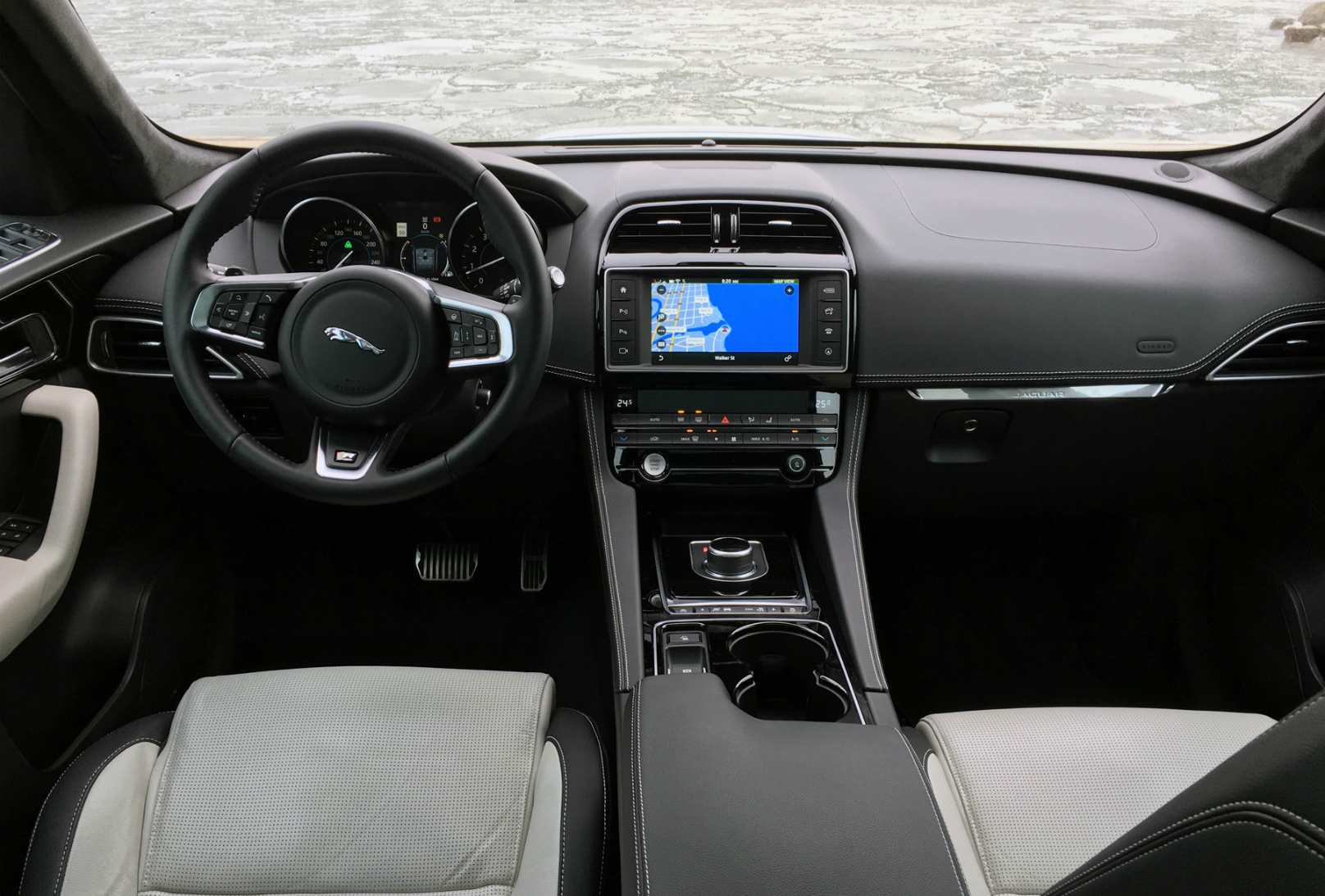 2017 Jaguar F-Pace R-Sport Review