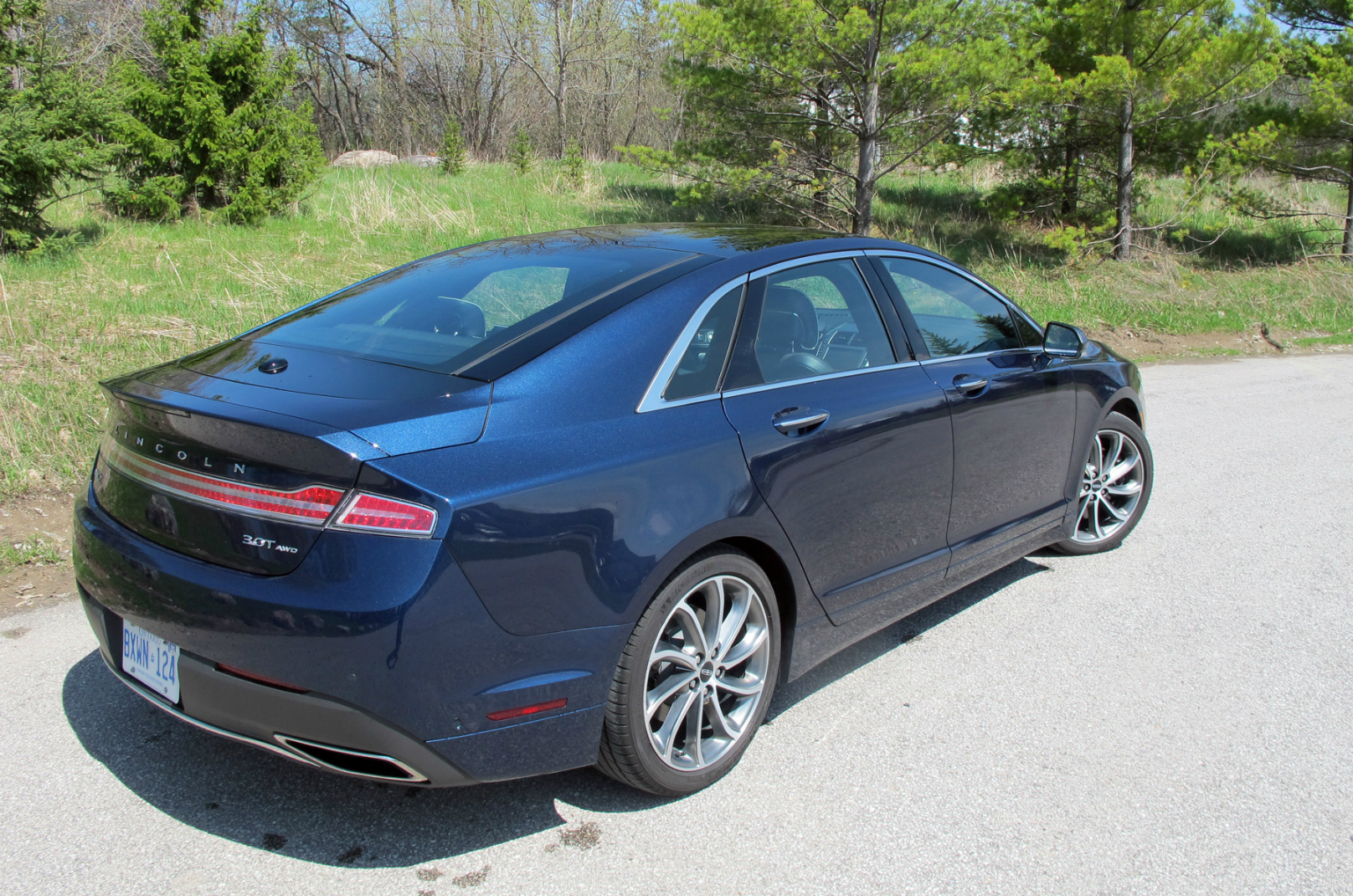 2017 Lincoln MKZ review Reserve AWD