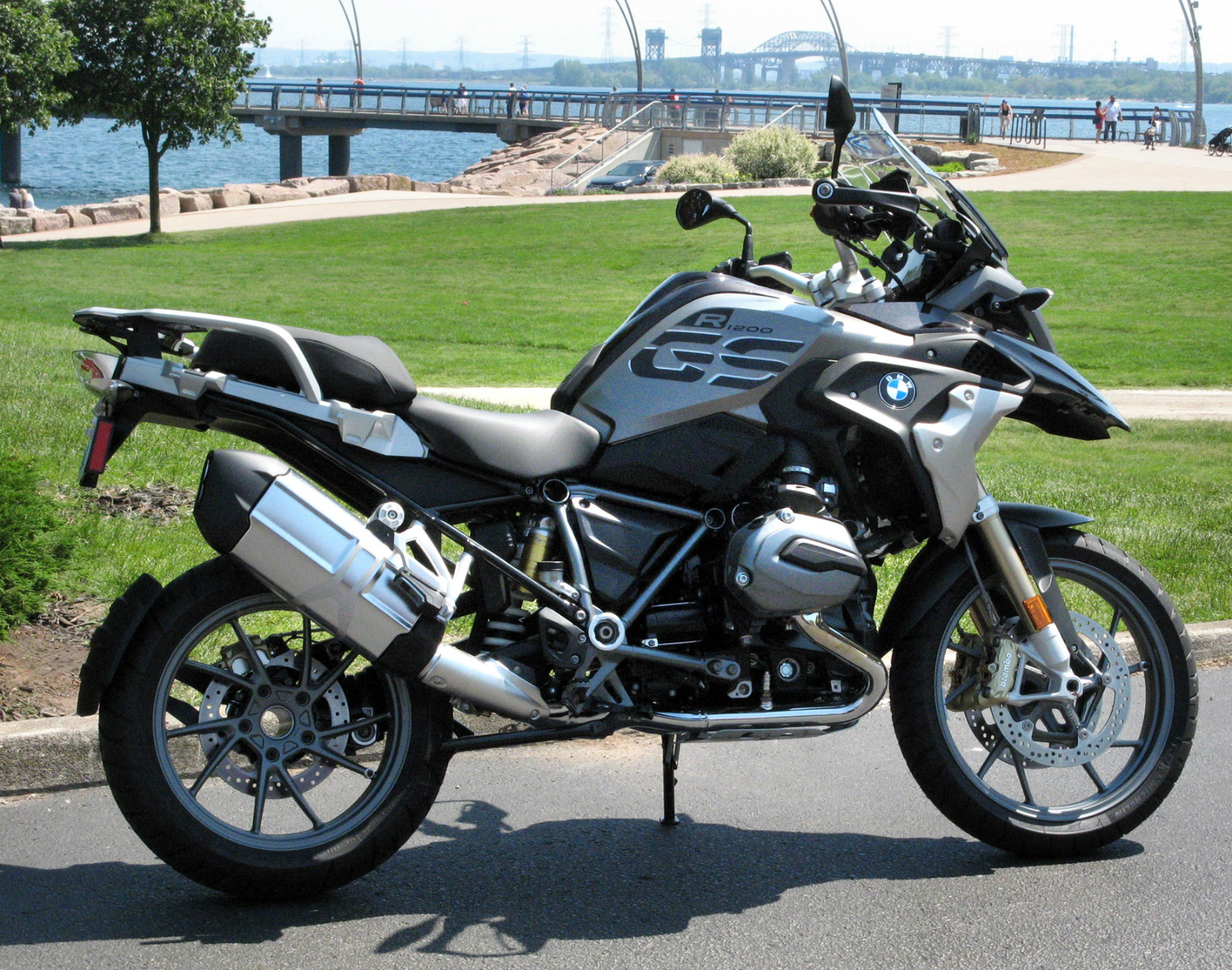 First Class Flight on BMW's R1200GS – WHEELS.ca