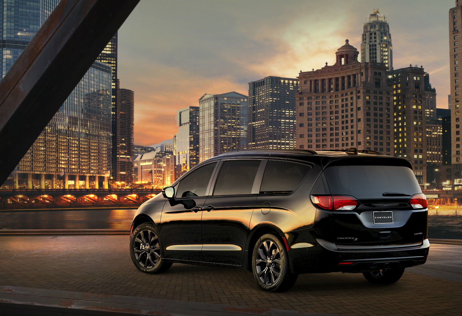 Pacifica S Appearance Package