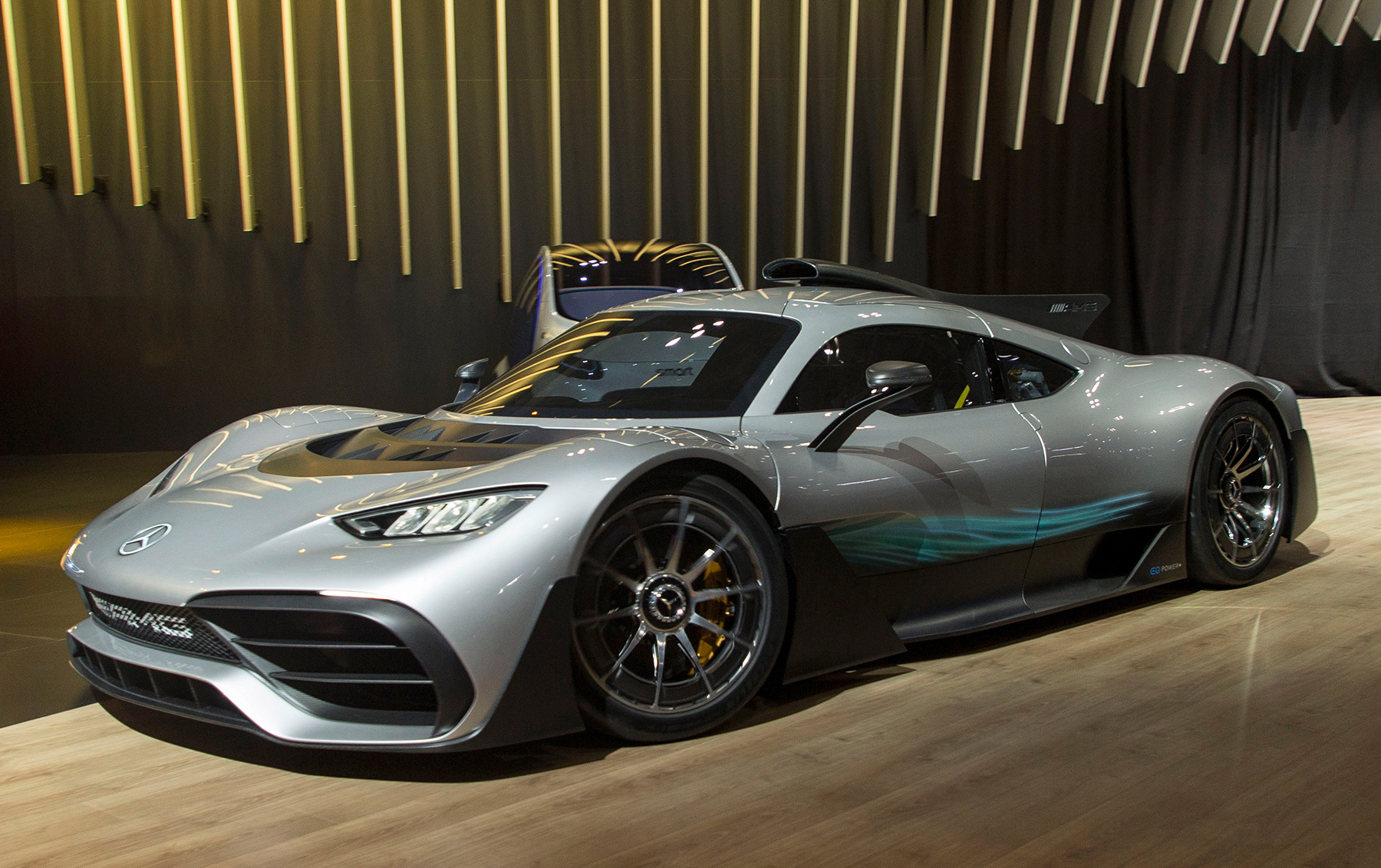 mercedes amg project one hypercar has asia premiere. Black Bedroom Furniture Sets. Home Design Ideas