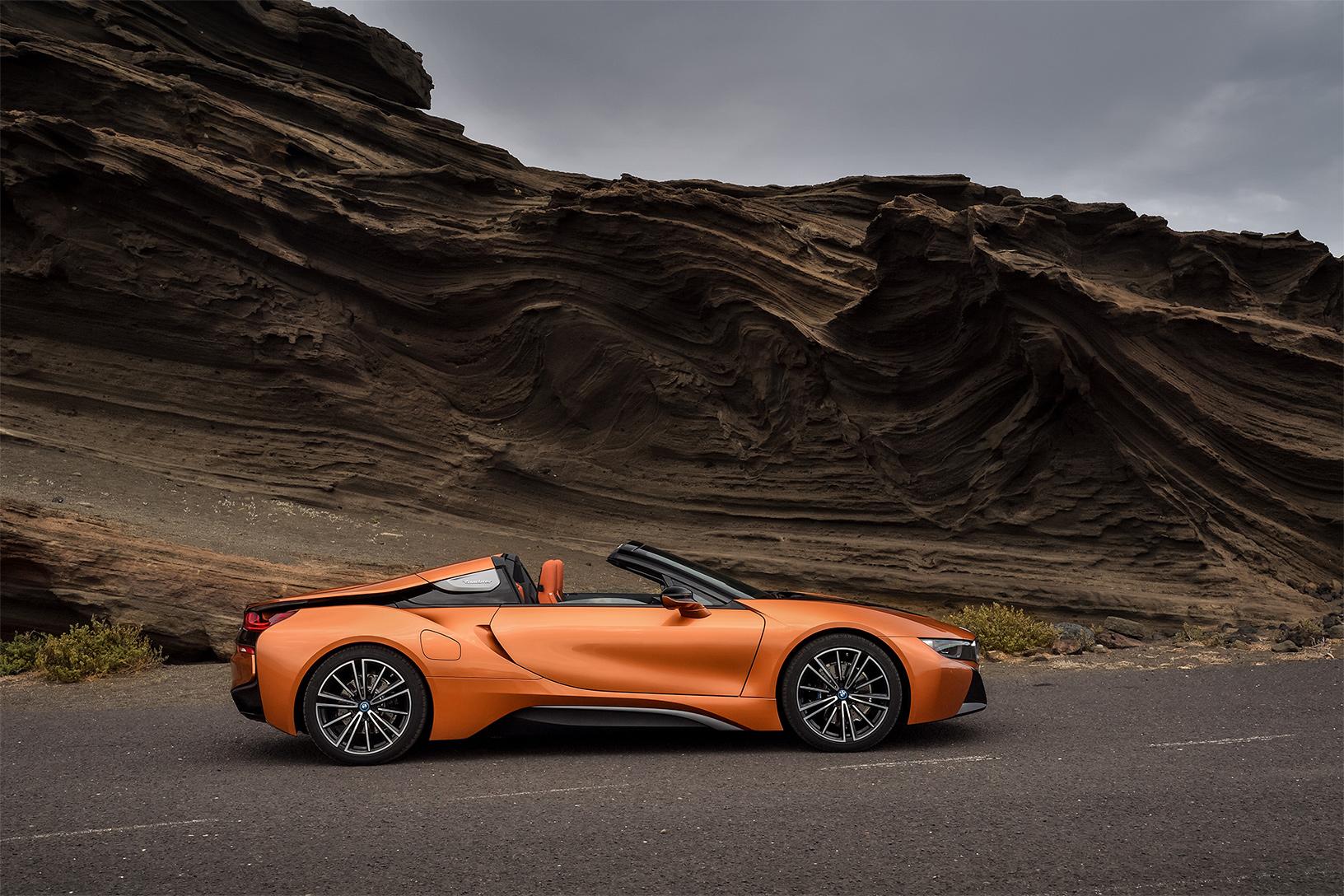 TrackWorthy -2019 BMW i8 Roadster (5)