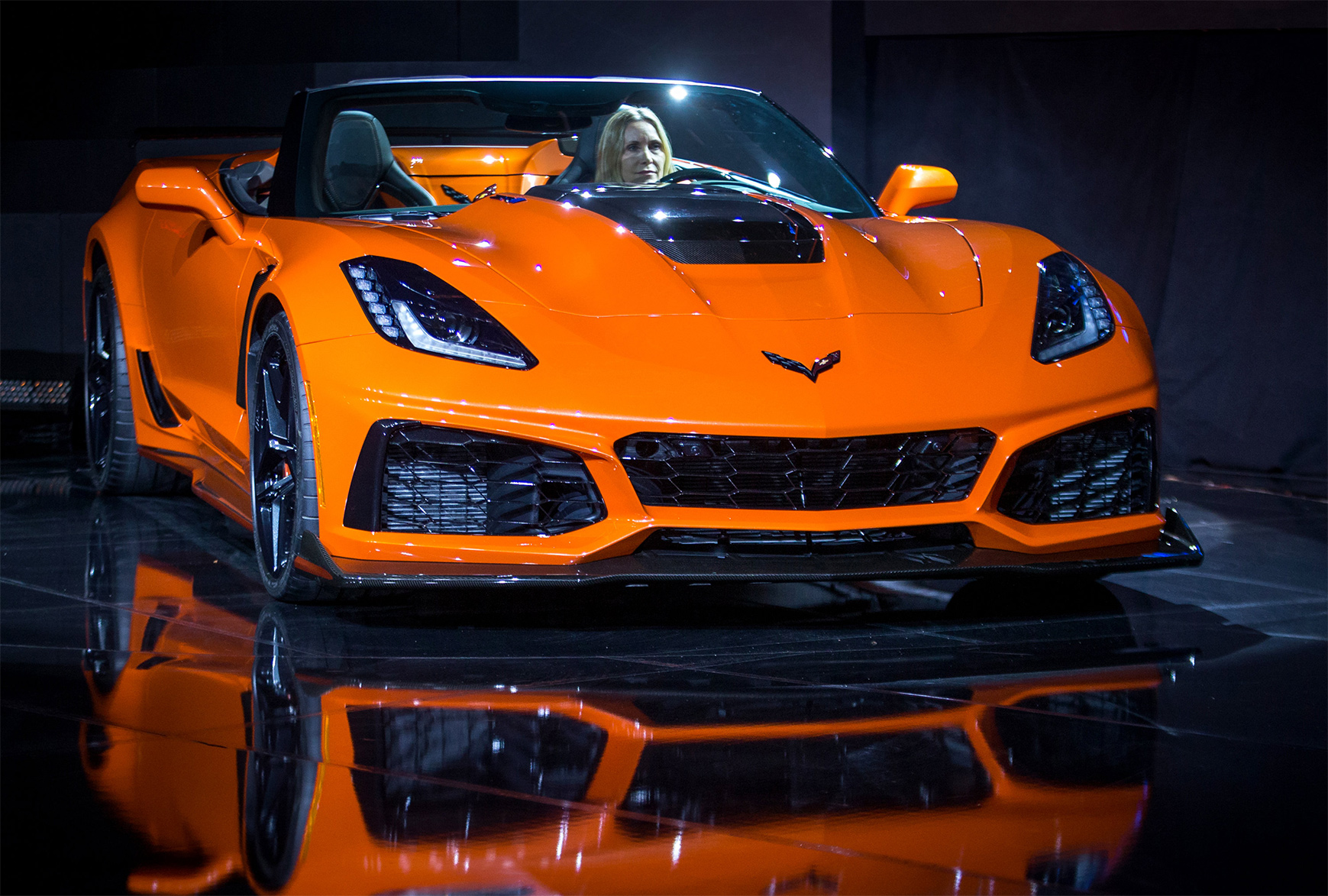 TrackWorthy -2019 Chevrolet Corvette ZR1 Convertible (2)
