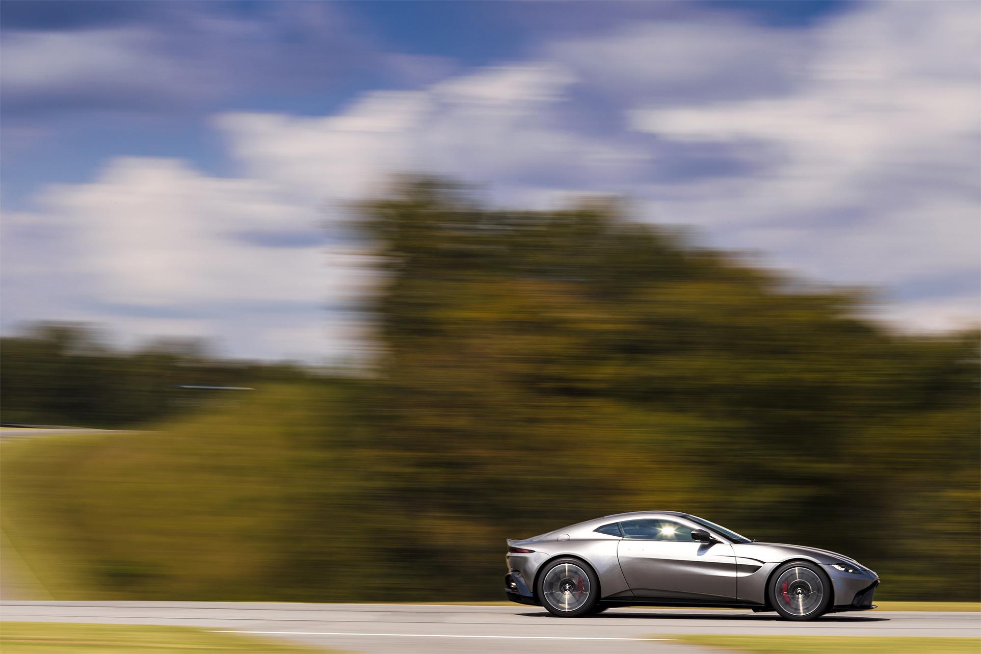 TrackWorthy - Aston Martin Vantage_Tungsten Silver_06
