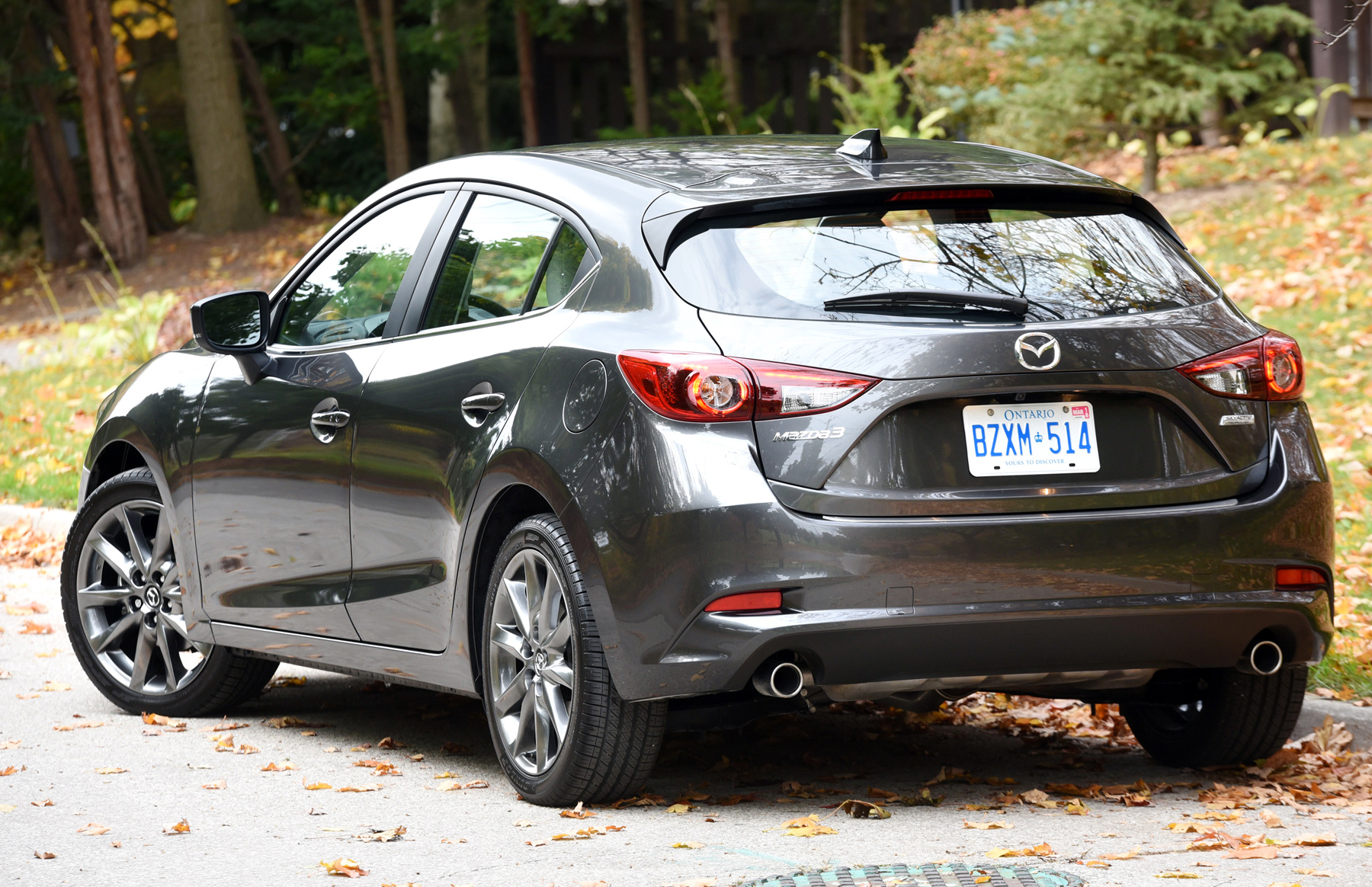 Mazda3 in Two Flavours – WHEELS
