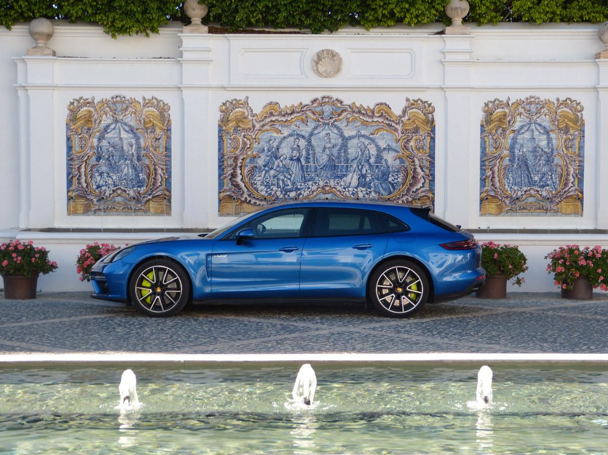 2018 Porsche reviews