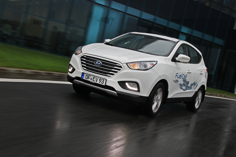 Hydrogen-Powered Vehicles ix35