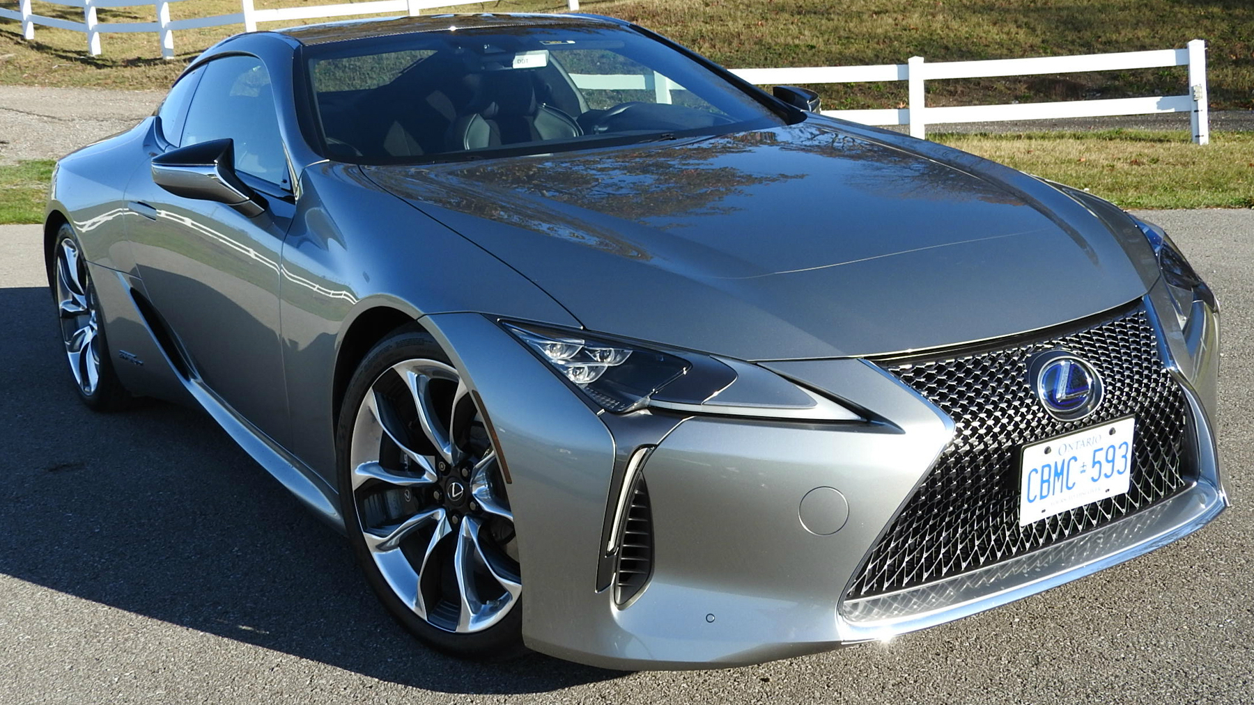 lexus lc 500h does it all. Black Bedroom Furniture Sets. Home Design Ideas