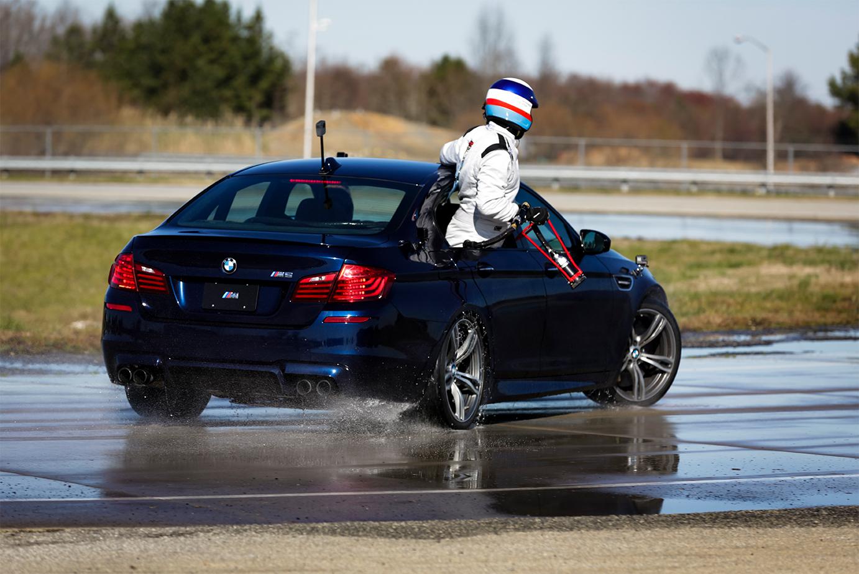 TrackWorthy- BMW M5 Drift Refueling Vehicle