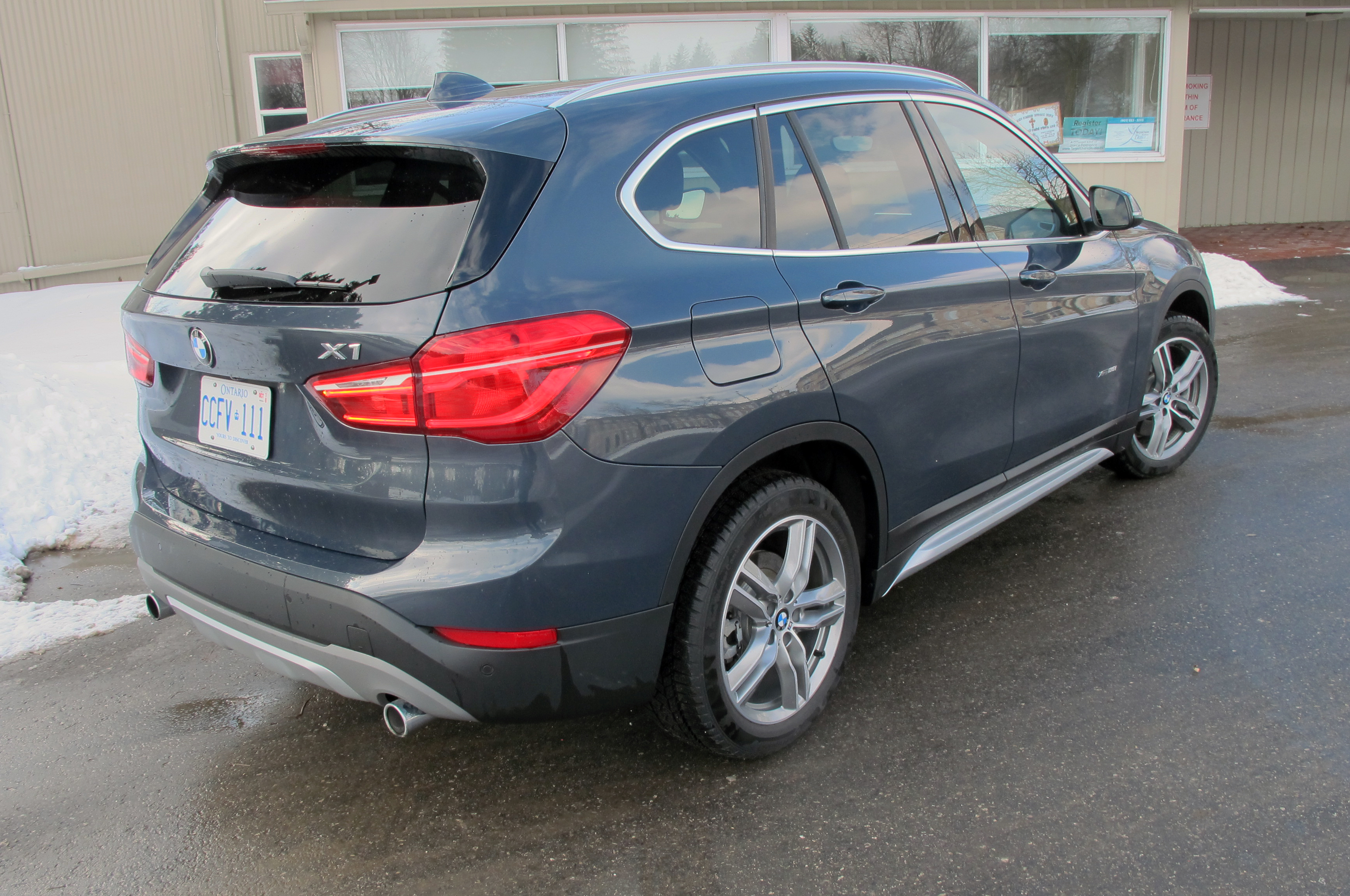 2018 BMW X1 xDrive28i Review