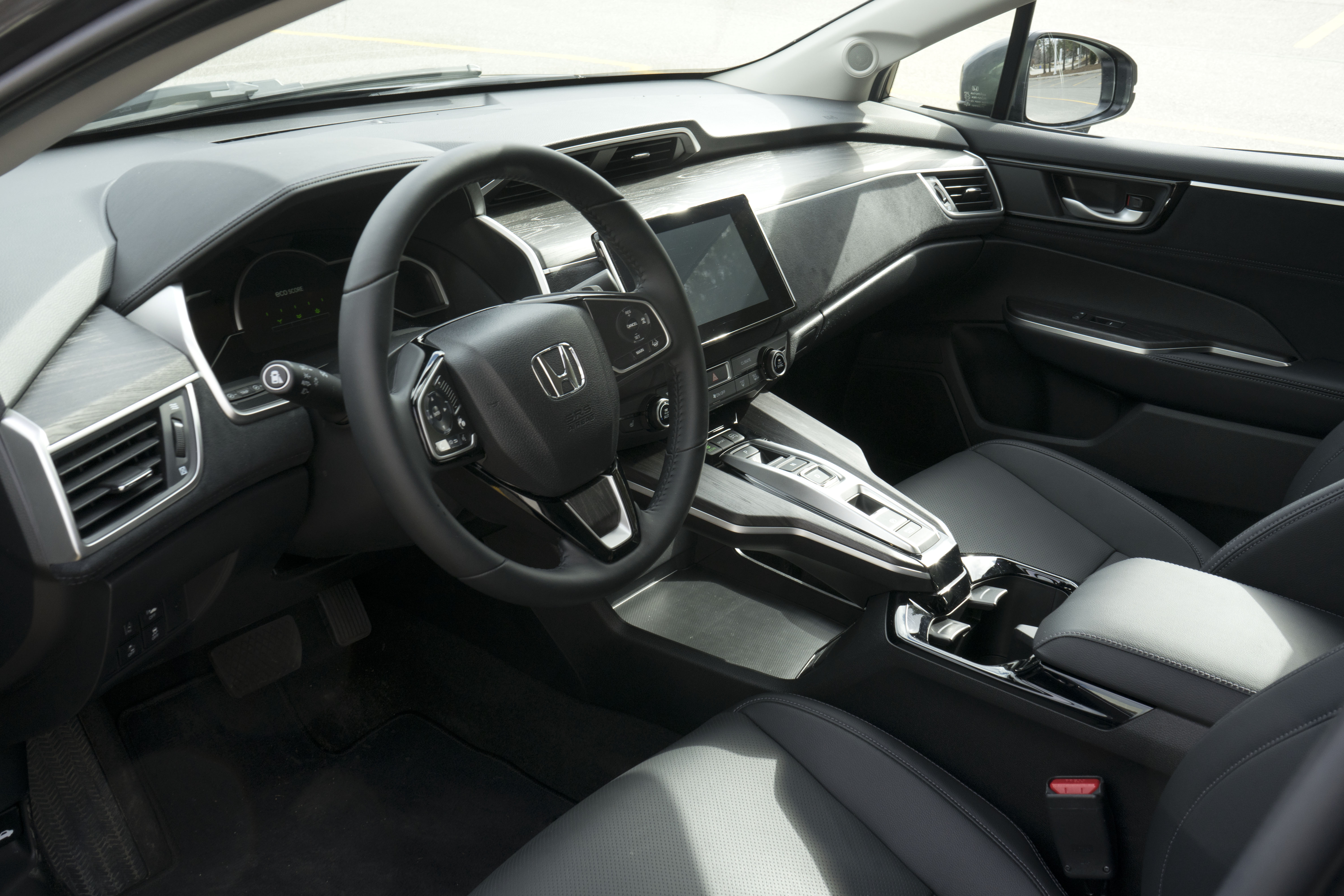 2018 Honda clarity interior