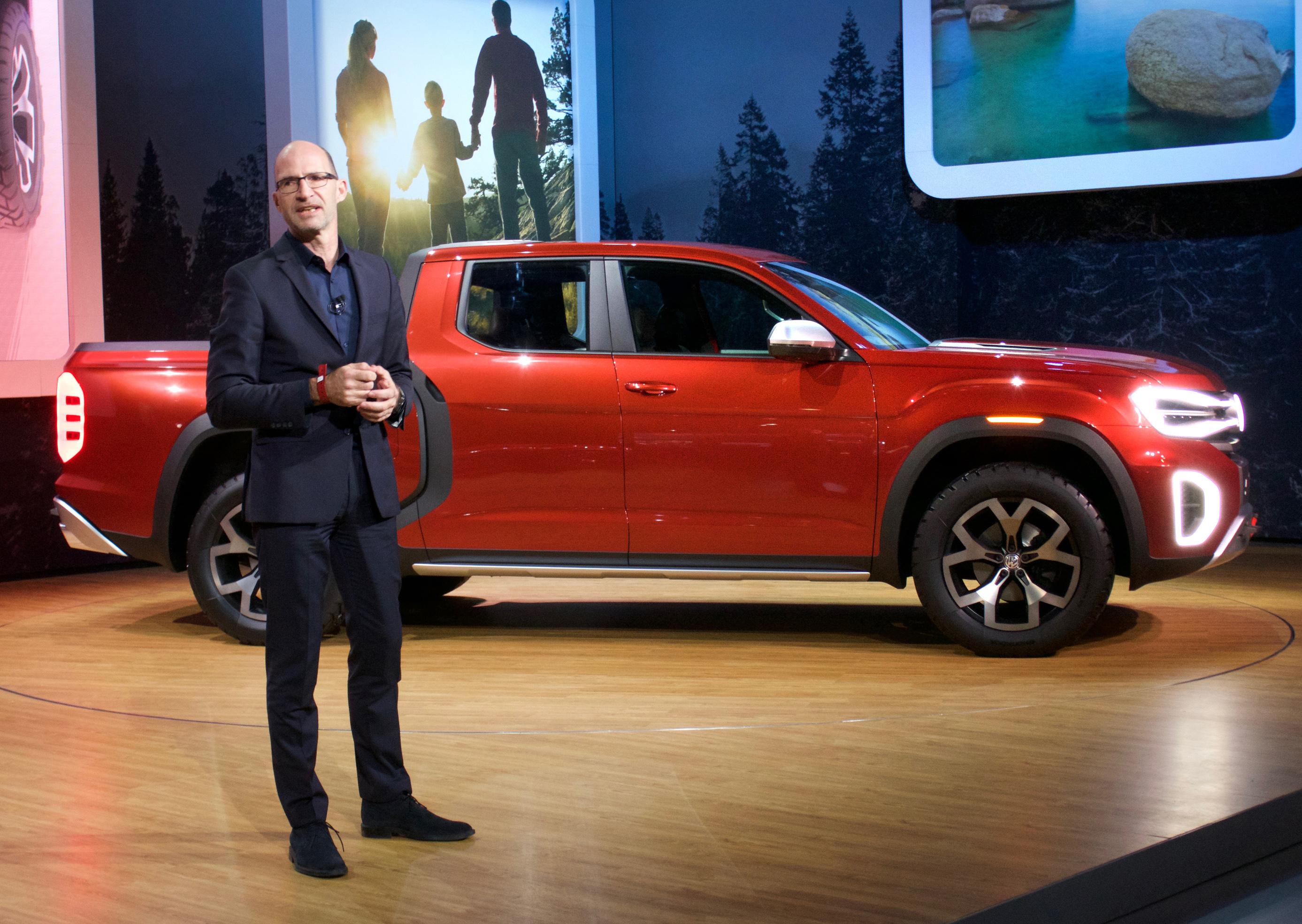 Volkswagen Tanoak pickup truck