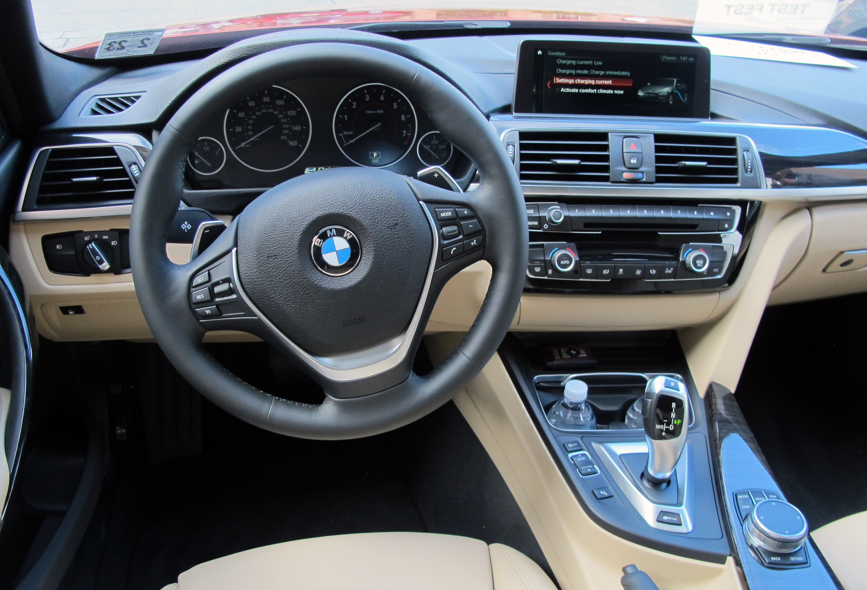 2018 BMW 330eReview
