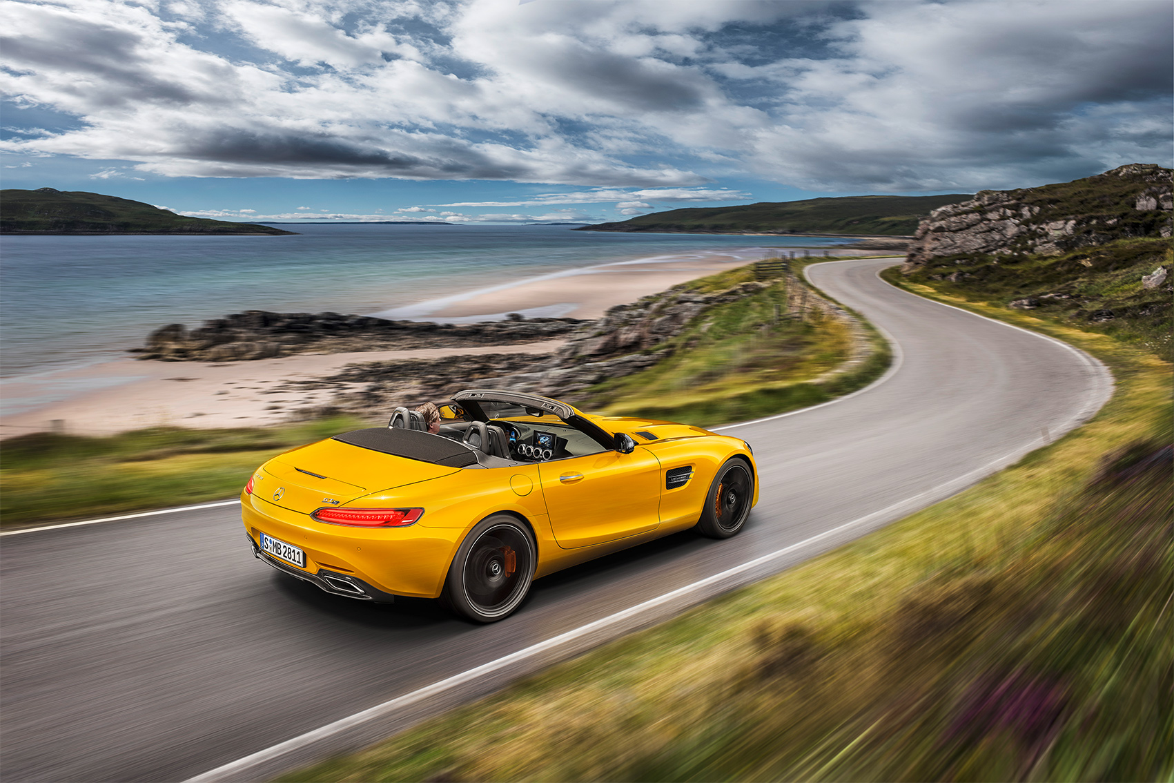 Mercedes Amg Gt S Roadster Added To Lineup