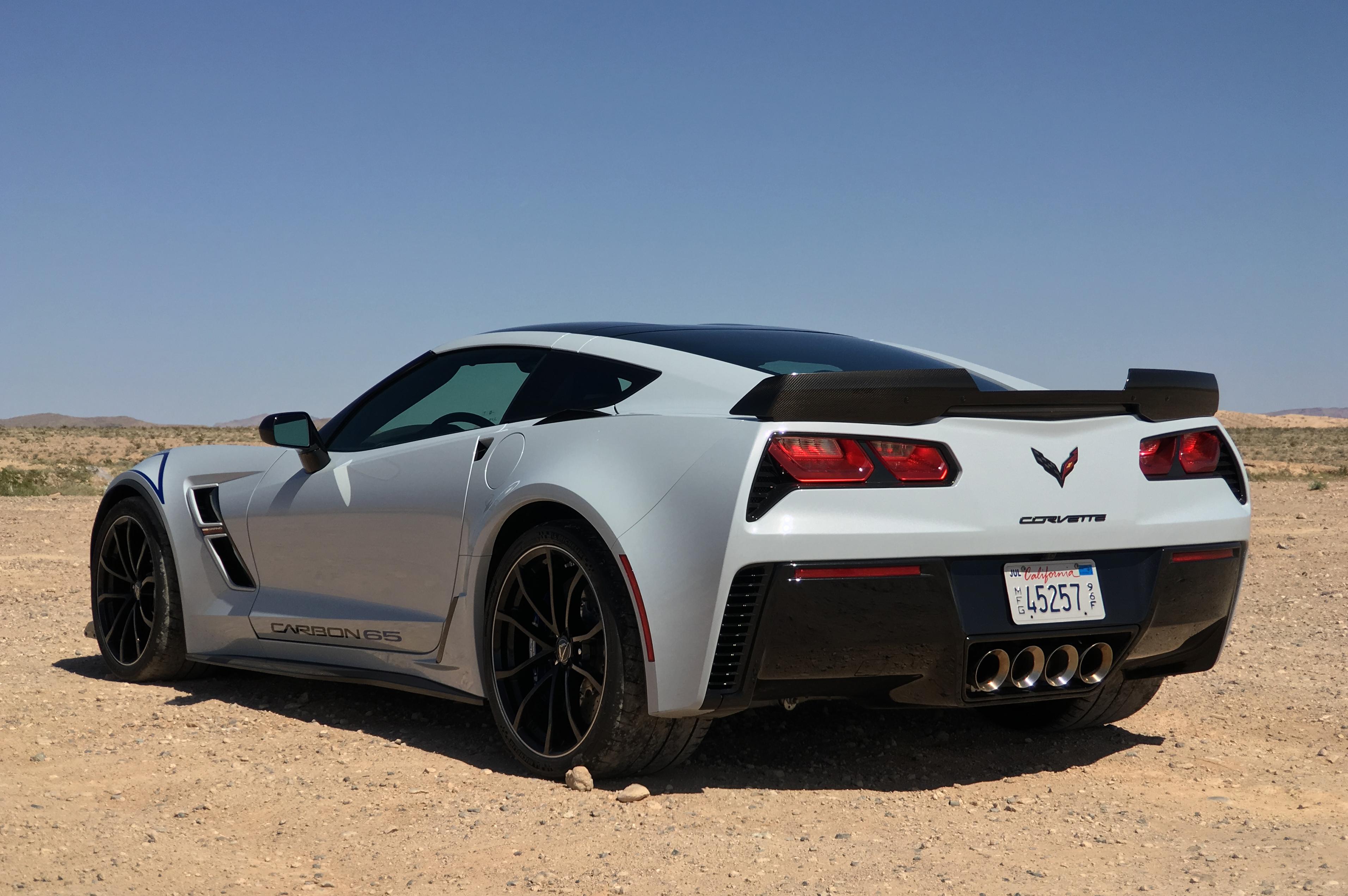 Review 2018 Chevrolet Corvette Grand Sport Carbon 65