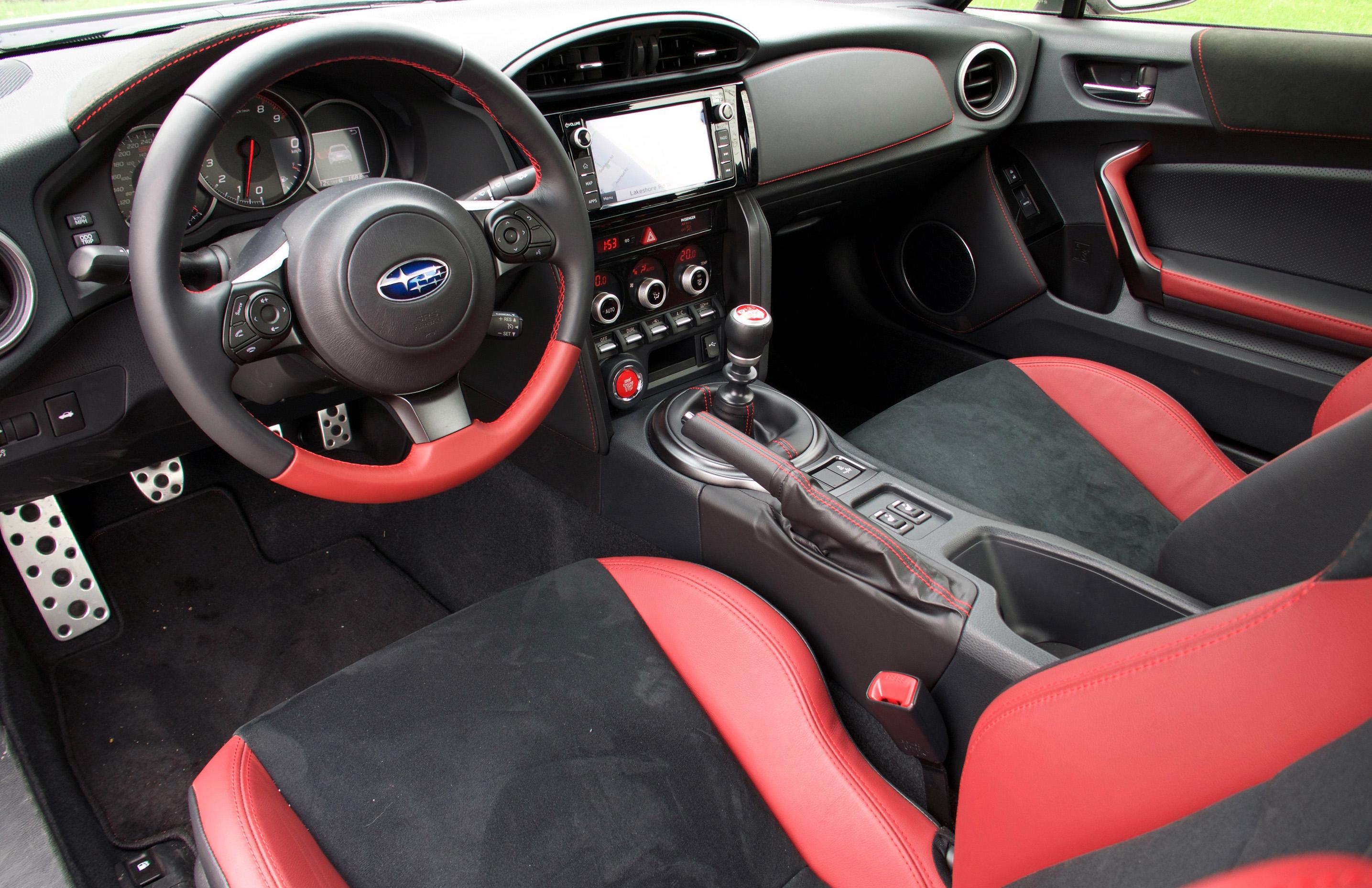 Review 2018 Subaru BRZ tS