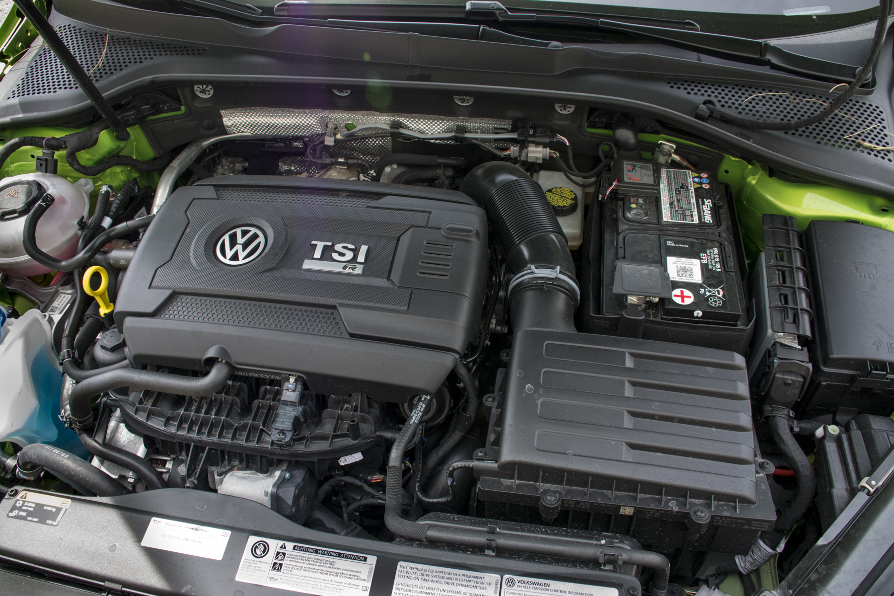 2018 Volkswagen Golf R (114)