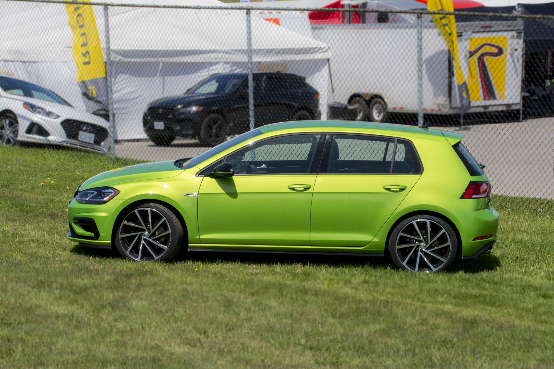 2018 Volkswagen Golf R (52)
