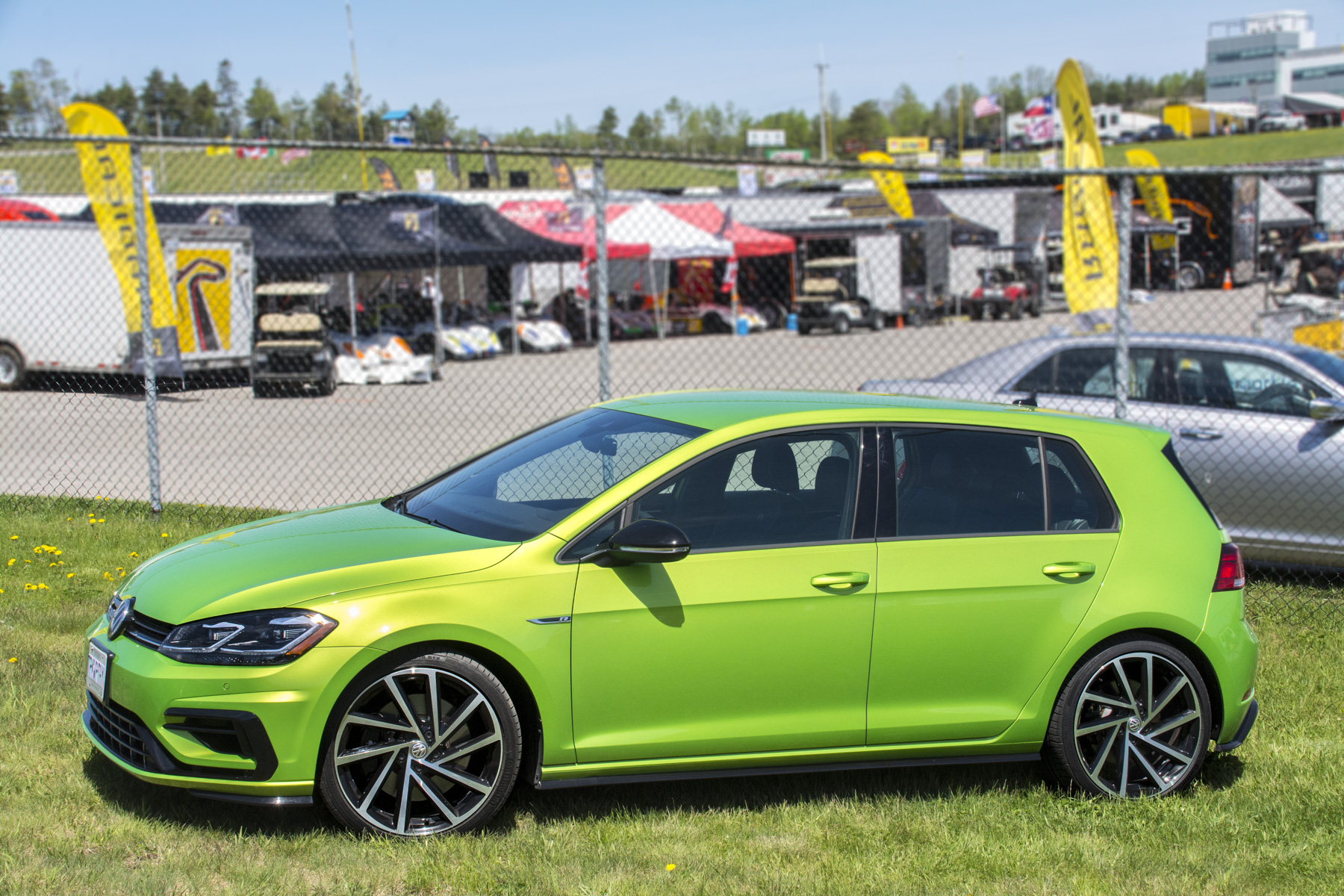 2018 Volkswagen Golf R (89)
