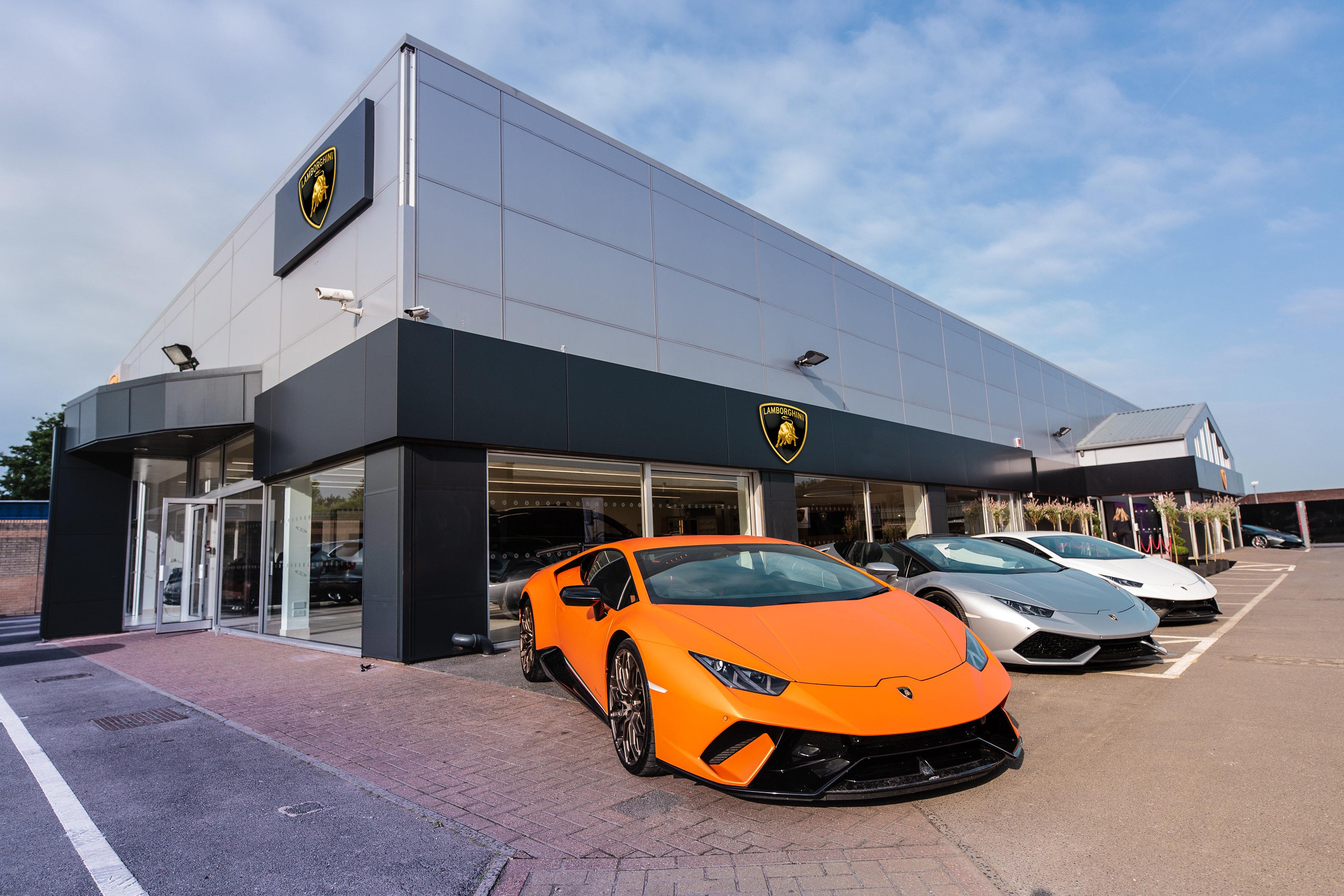 Lamborghini Aventador Milestone