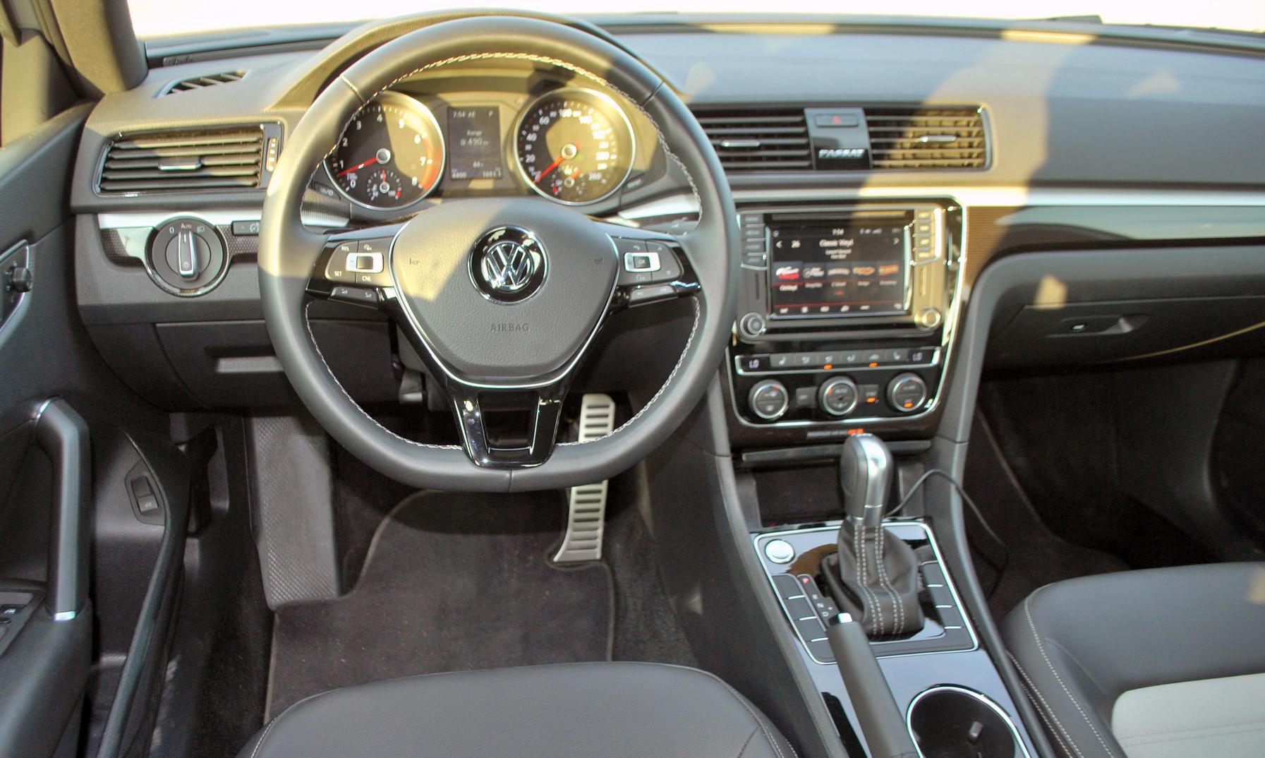 Review 2018 Volkswagen Passat GT