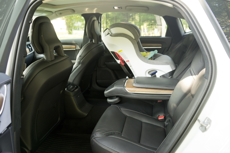 2018 Volvo S90 T8 interior