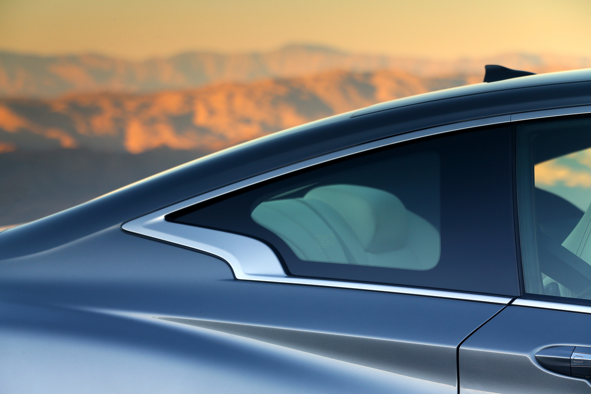 Review: 2018 Infiniti Q60 Red Sport 400