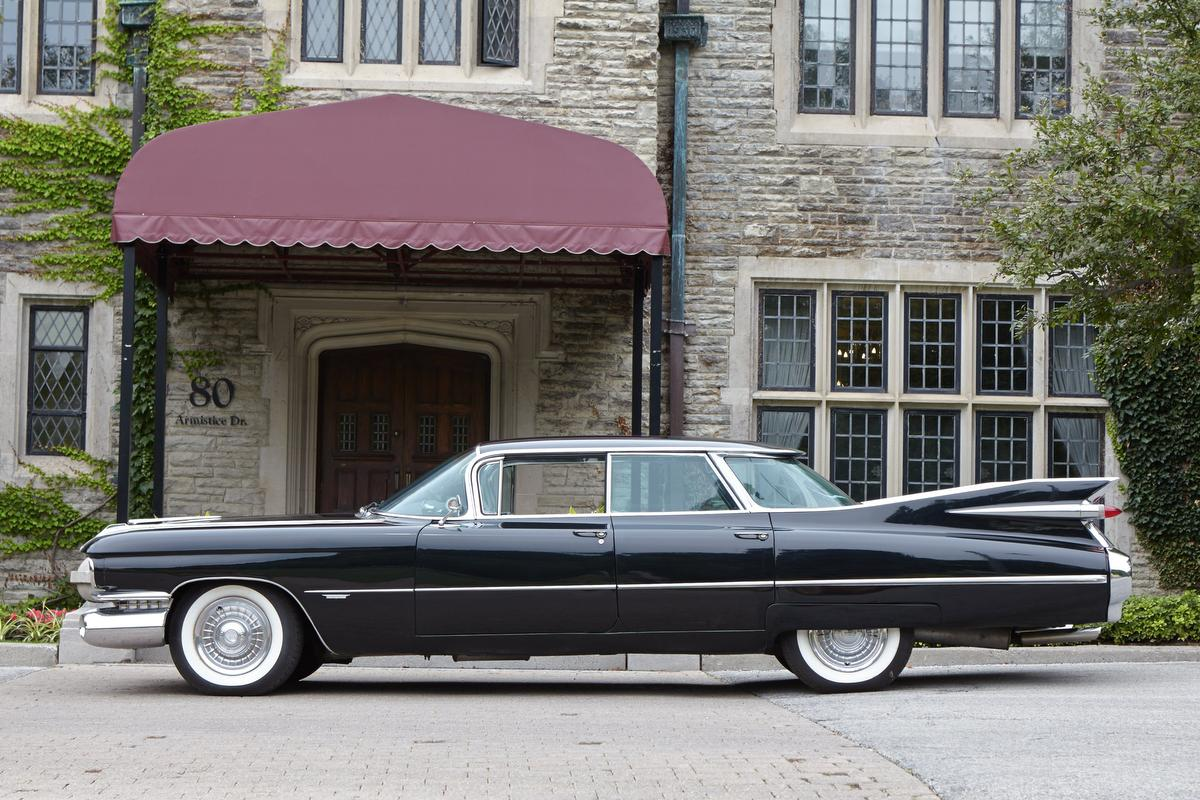 Eye Candy 1959 Cadillac Sedan de Ville