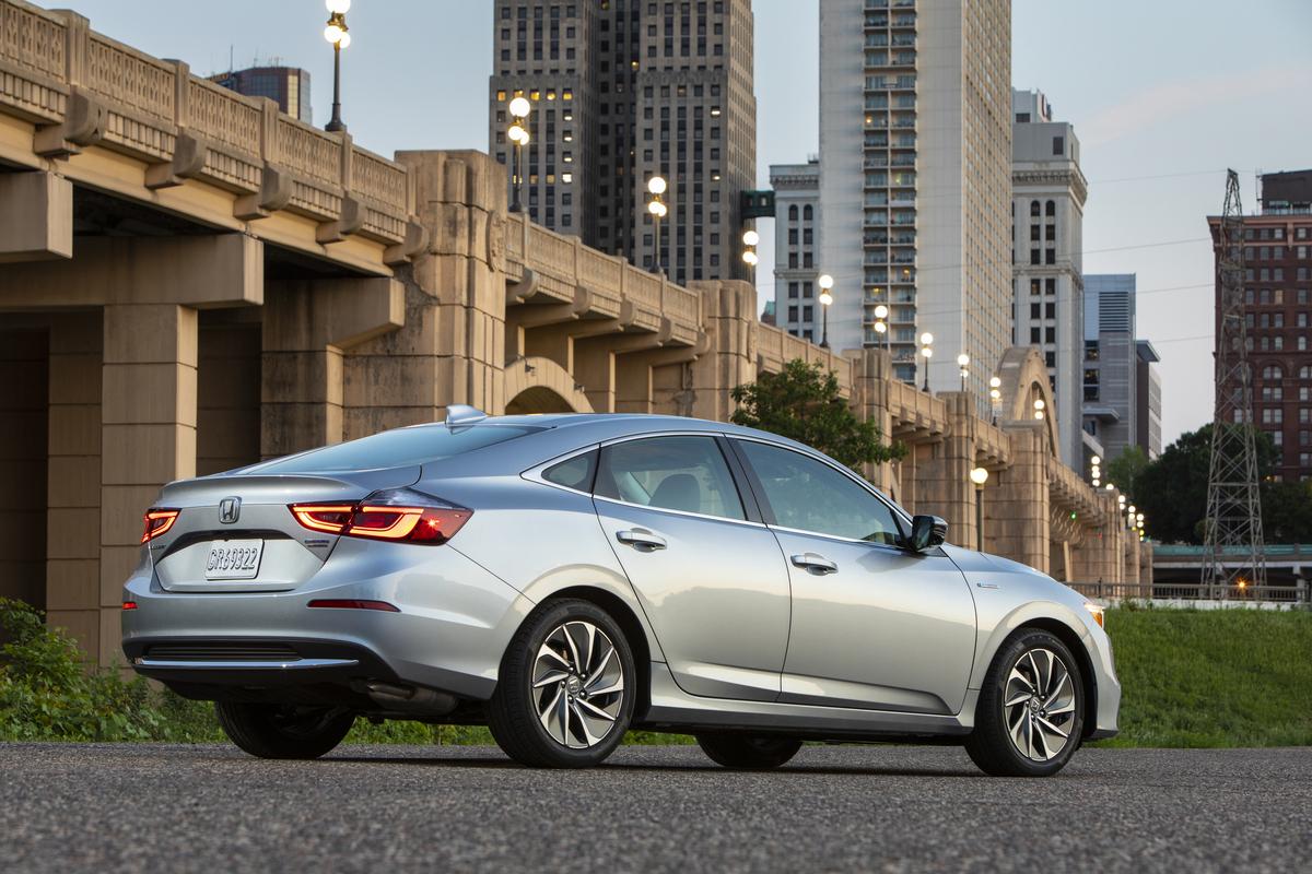 Honda Insight earns 5-Star Safety Rating