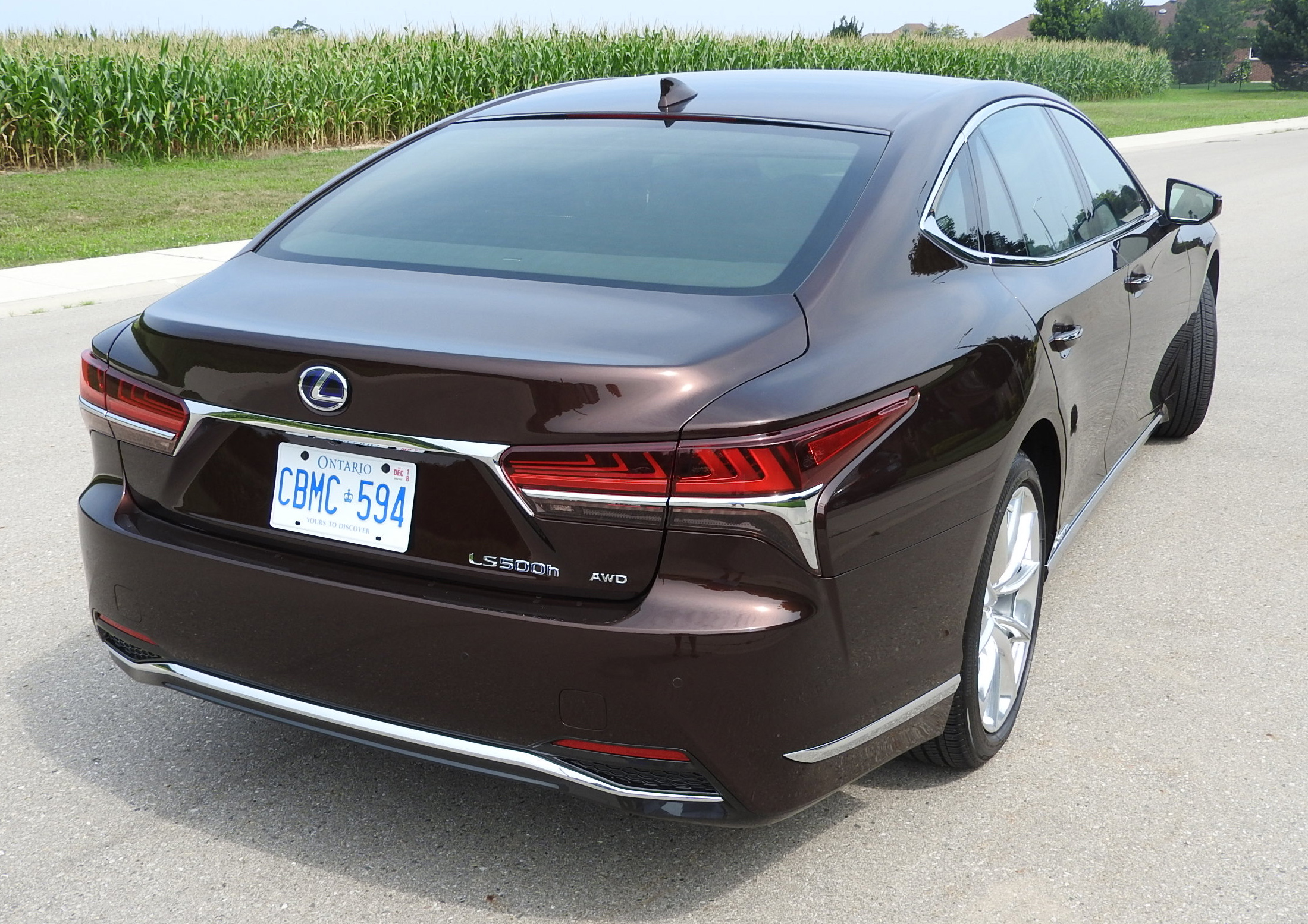 Review 2018 Lexus LS 500h