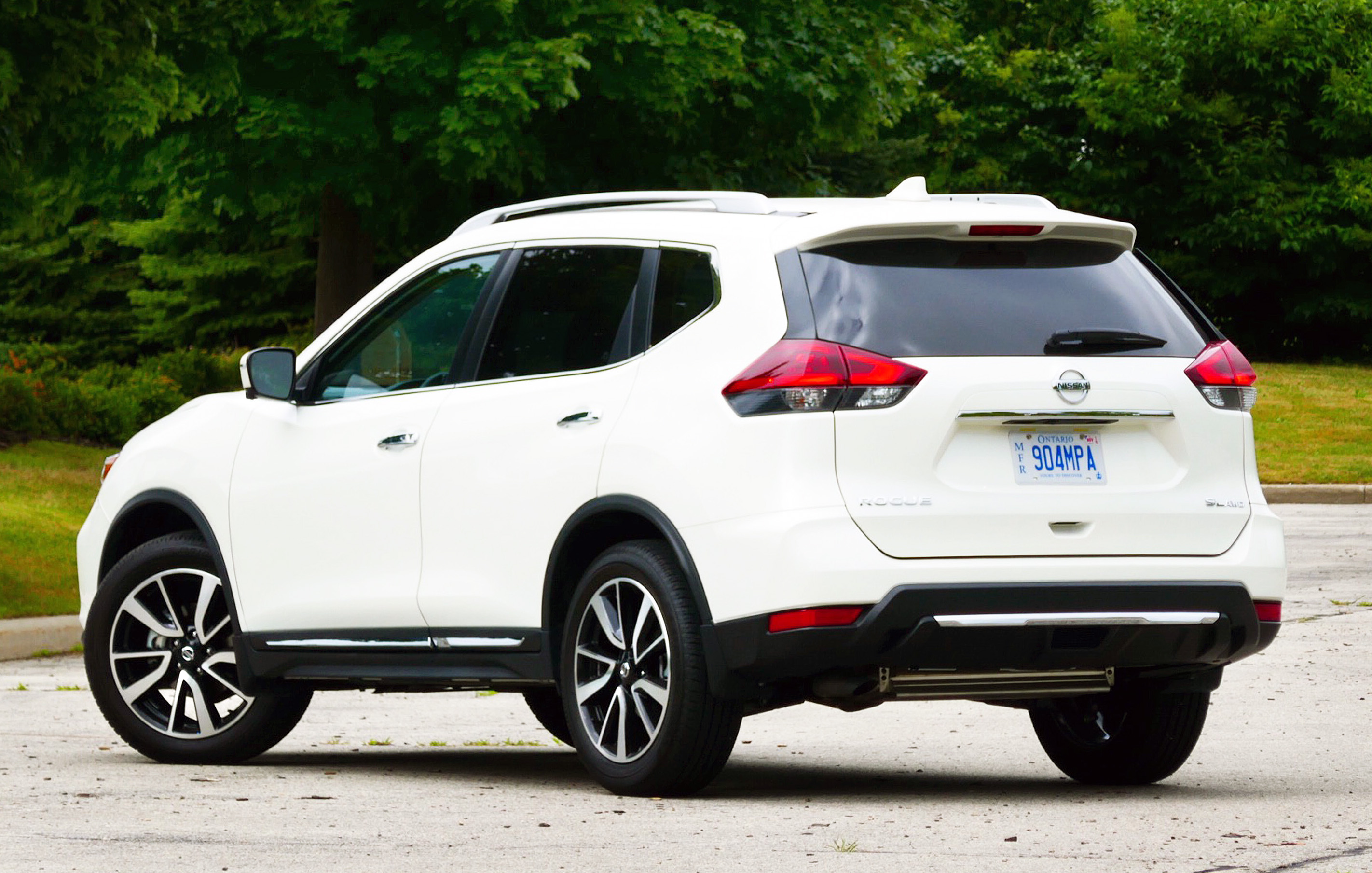 Review 2018 Nissan Rogue SL Platinum ProPilot Assist