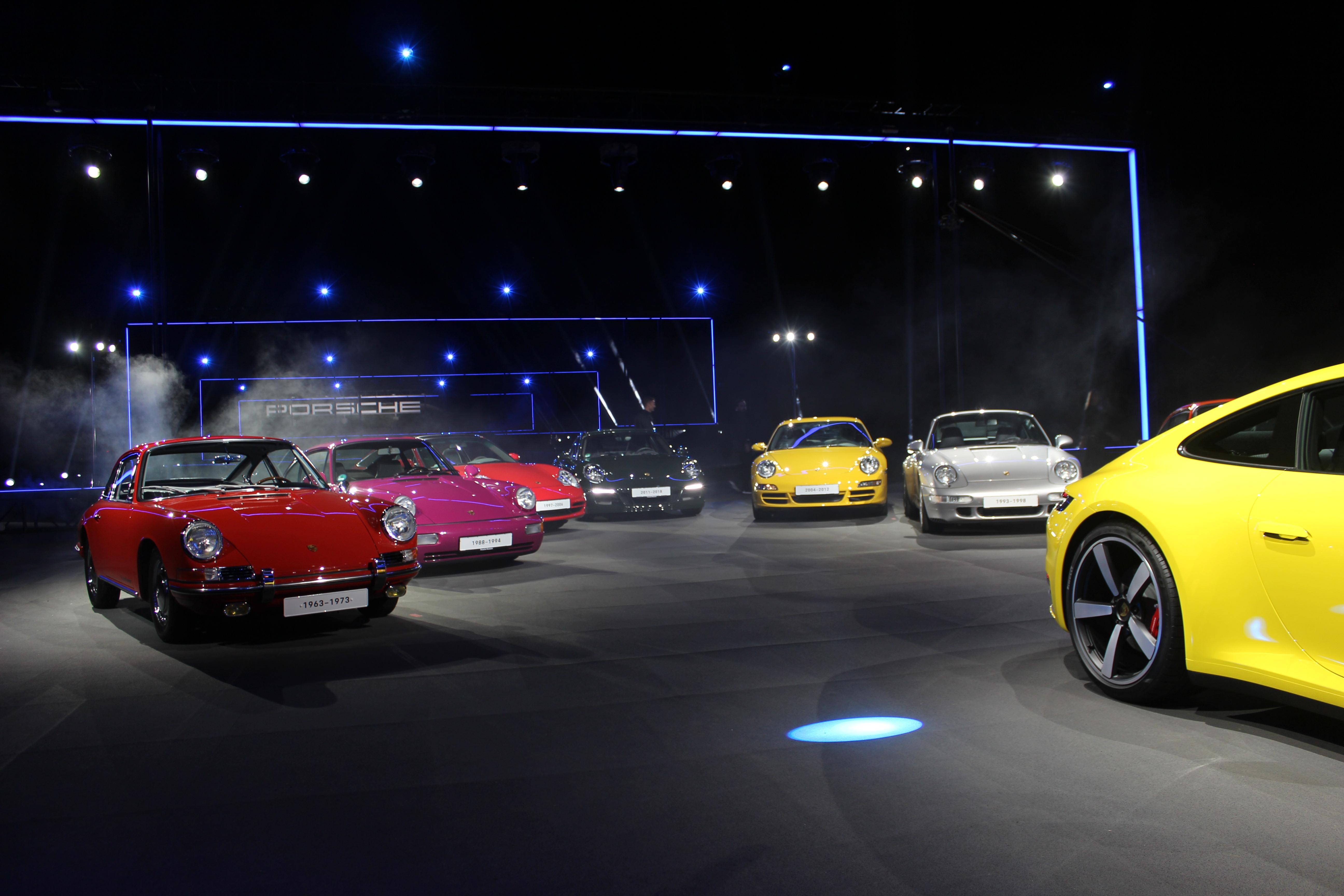 2020 Porsche 911 Debuts in LA