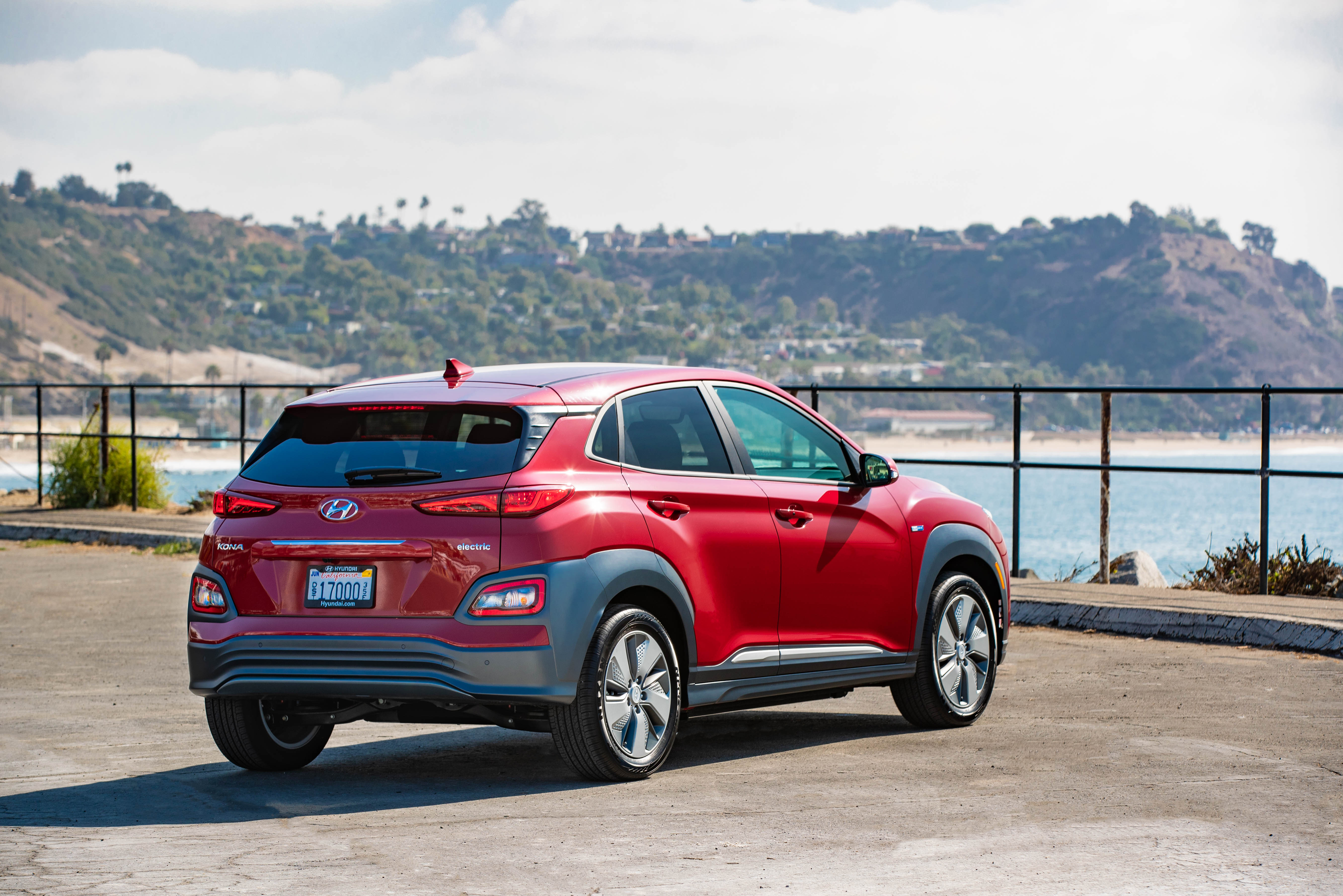 Hyundai's KONA and NEXO Fuel Cell rock down to Electric Avenue