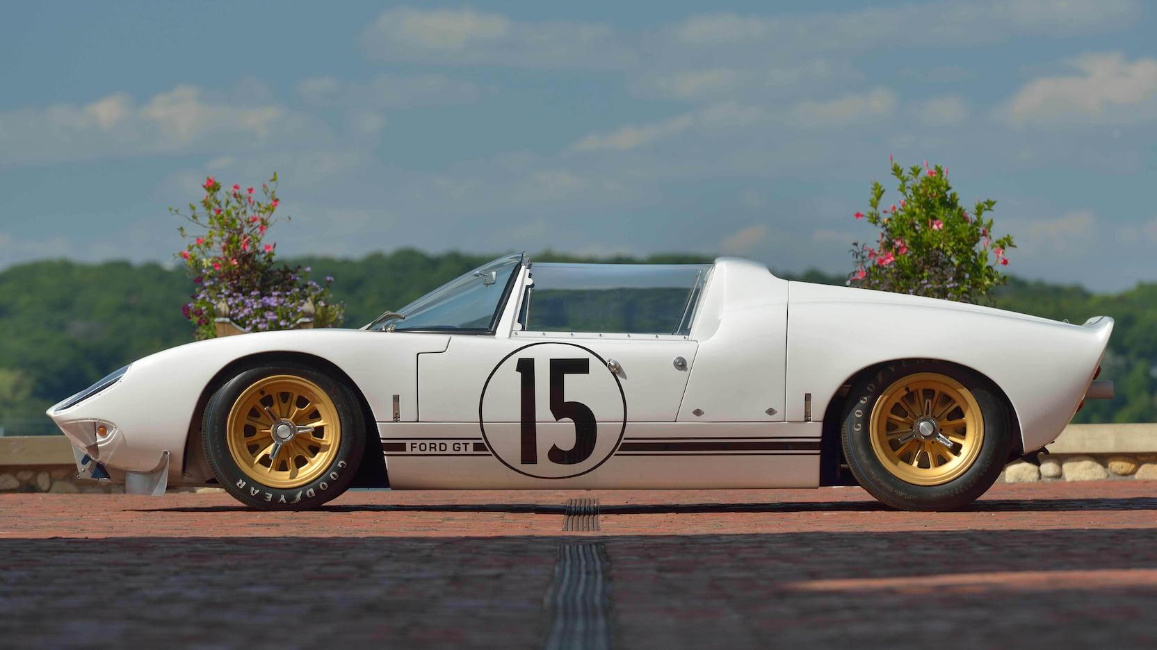 GT Roadster