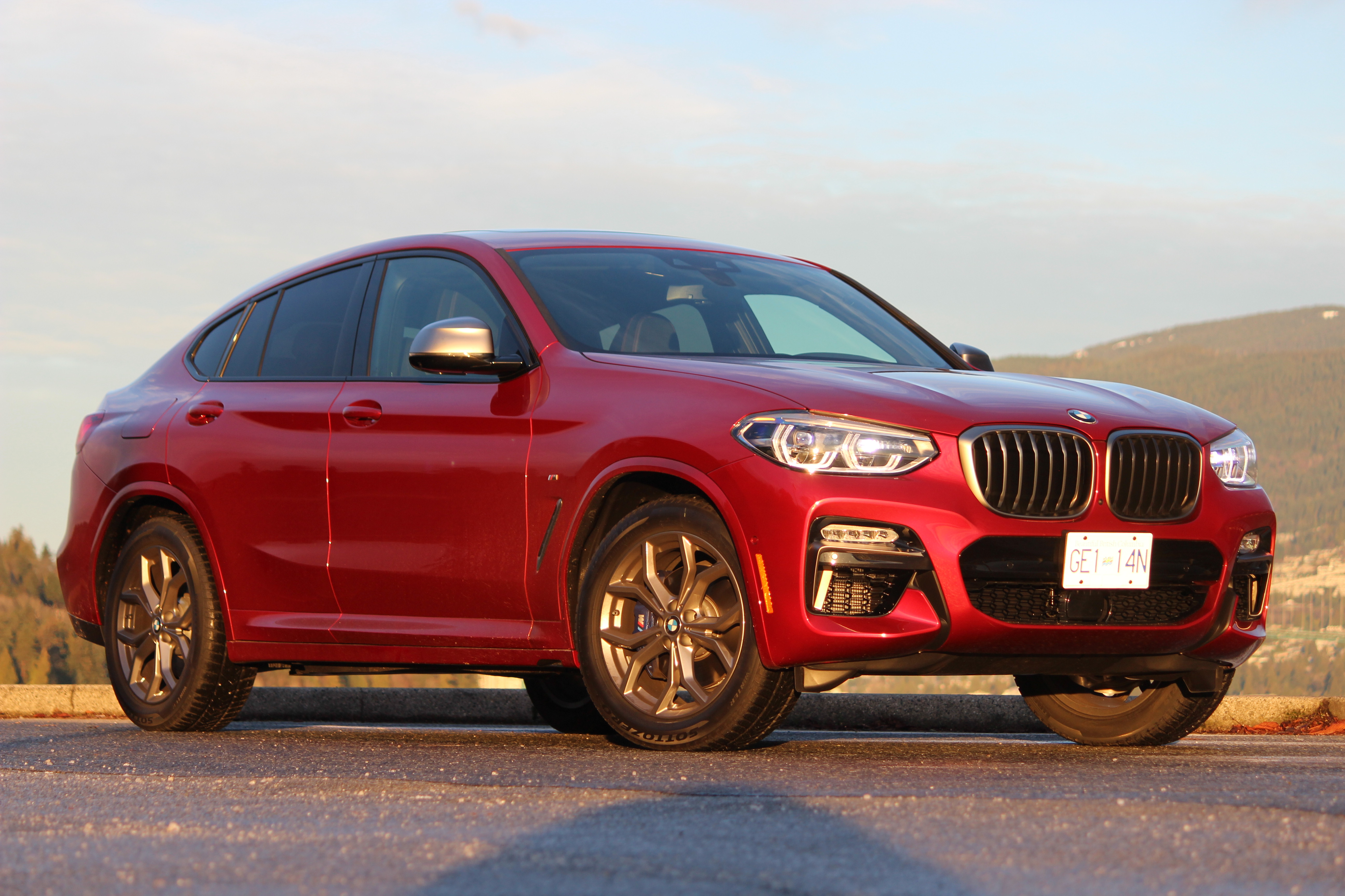 Review 2019 BMW X4 M40i