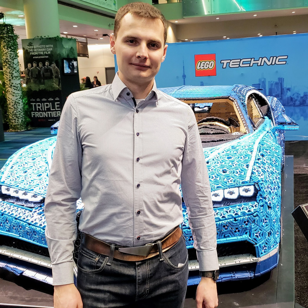 Lifesize LEGO Bugatti