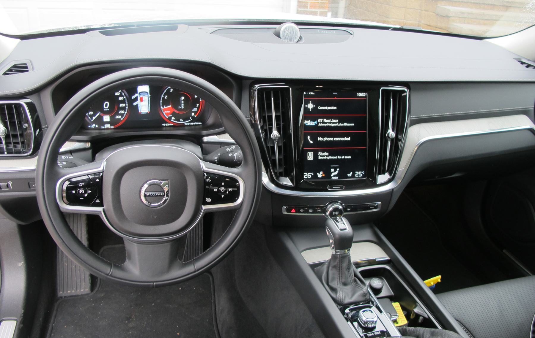 Review 2019 Volvo V60 T6 AWD Inscription