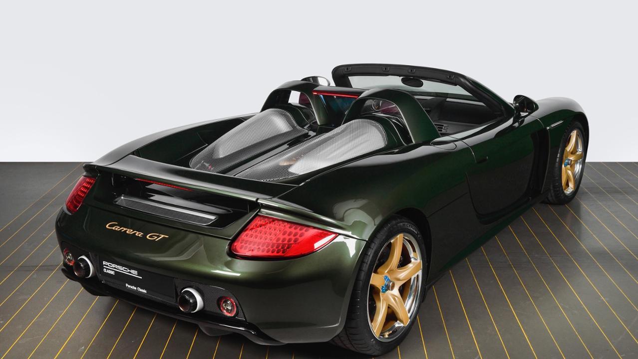 2003 Porsche Carrera GT in Oak Green Metallic paint