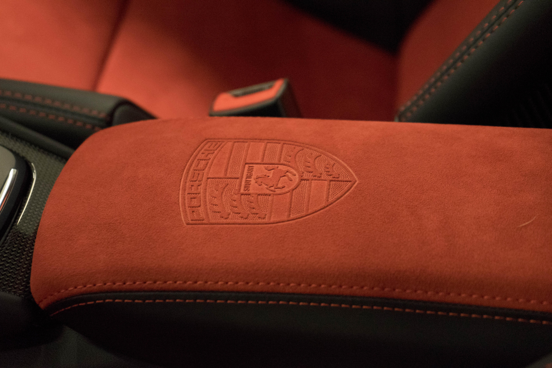 Porsche 911 GT2 RS Exclusive Manufaktur