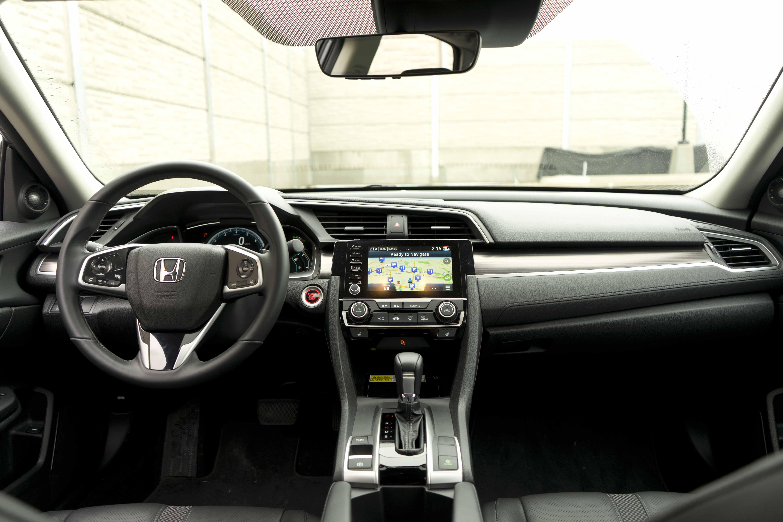 2019 Honda Civc Touring interior