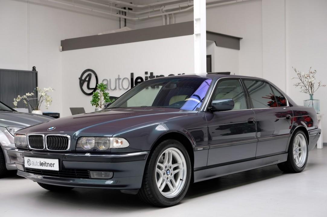 V12 BMW