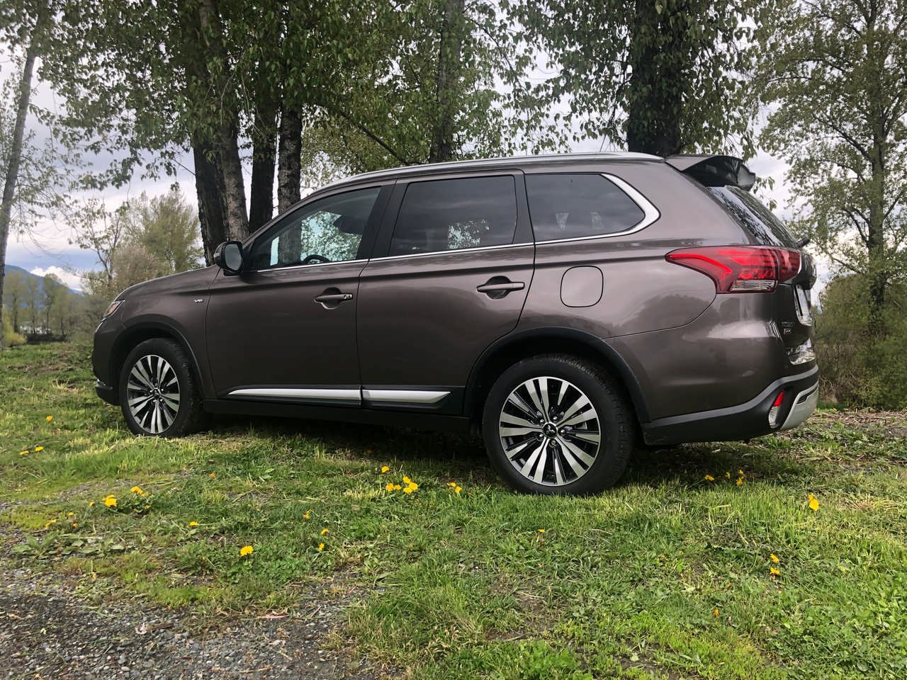 Review 2019 Mitsubishi Outlander