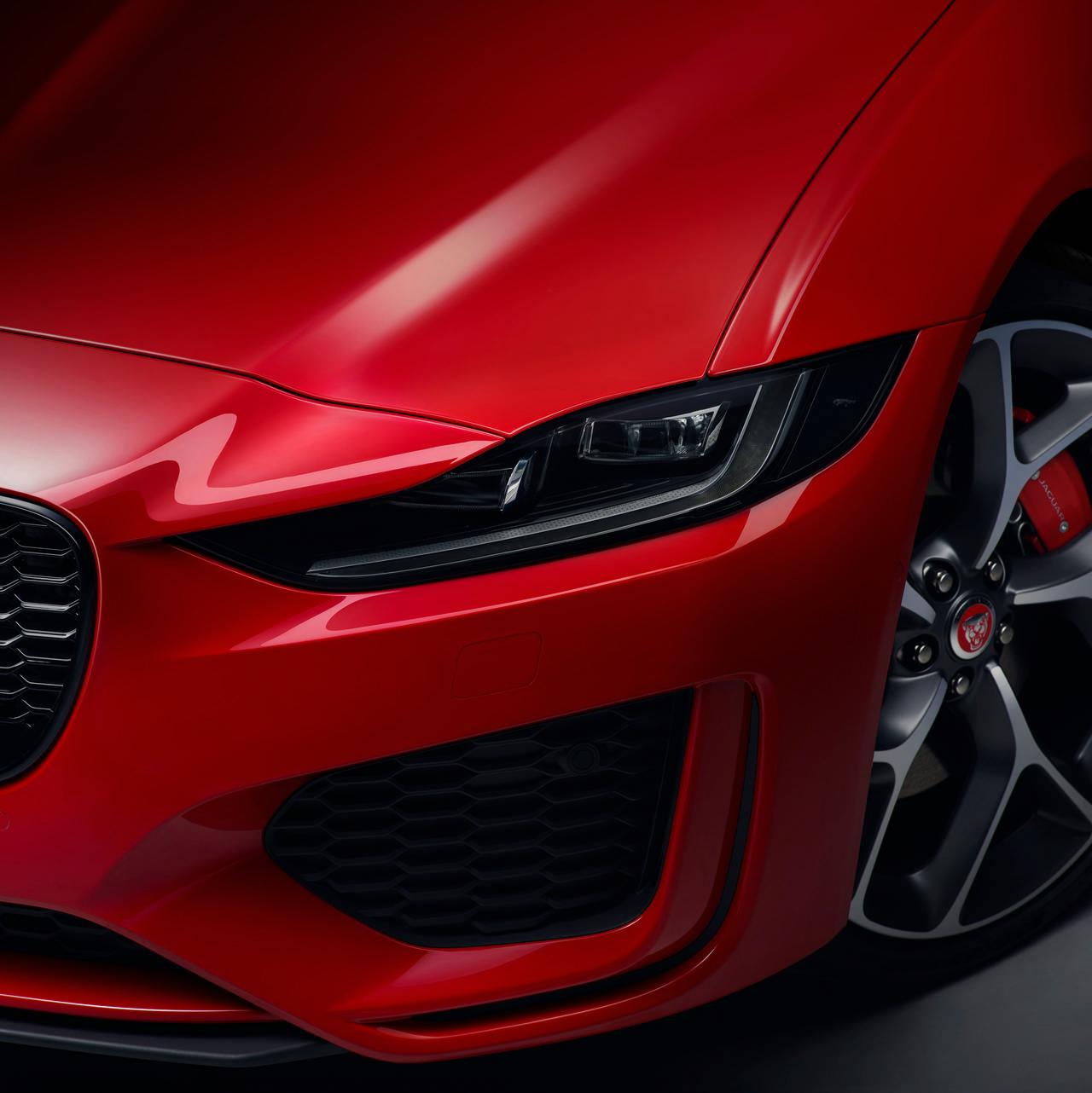 Review 2020 Jaguar XE Sedan