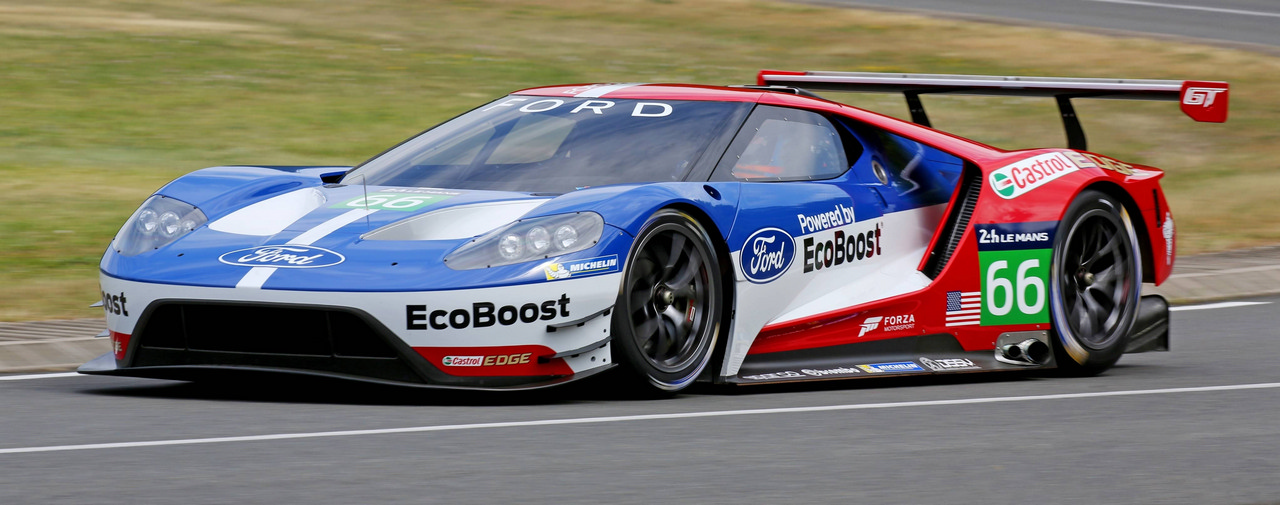 Ford GT ultra-performance supercar