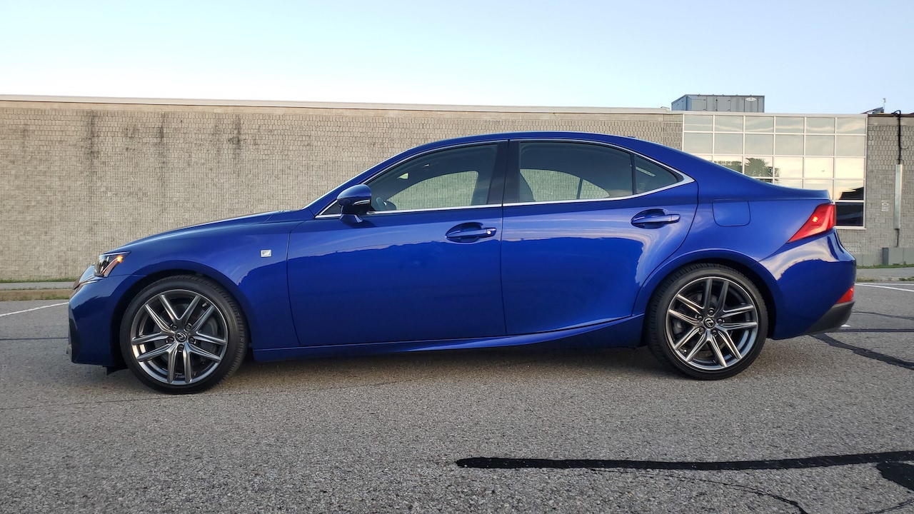 Review 2019 Lexus IS 350