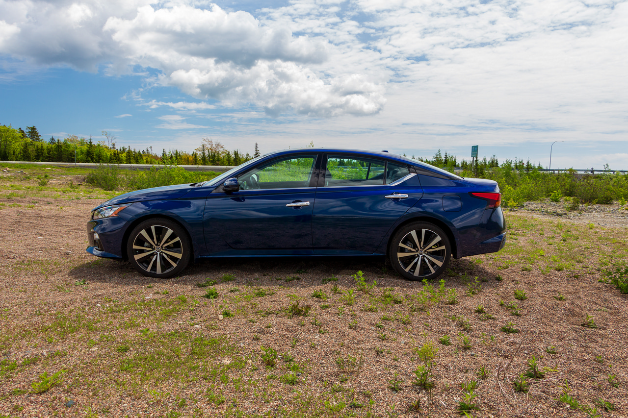 Test Drive 2019 Nissan Altima Platinum